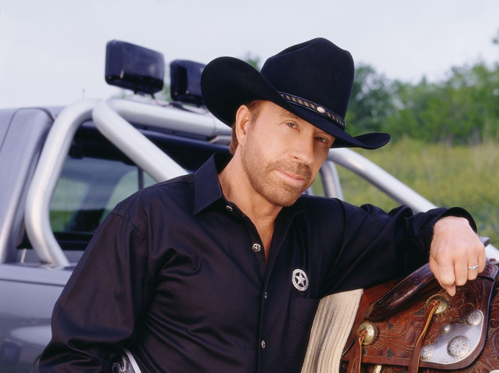 Chuck Norris stars as Cordell Walker on WALKER, TEXAS RANGER.  --- DATE TAKEN: 2001  By Tony Esparza   CBS        HO      - handout ORG XMIT: PX43903