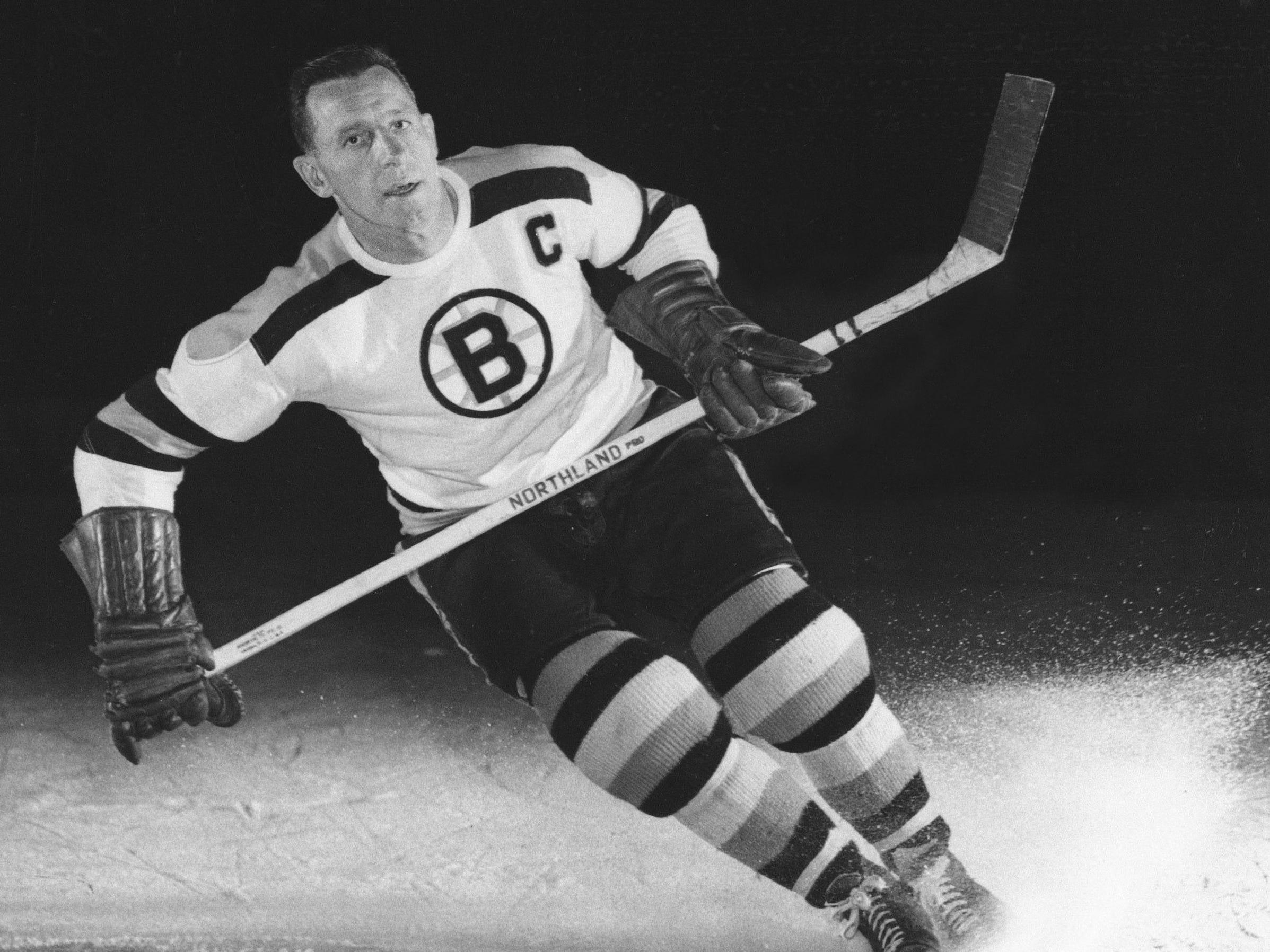 15. Milt Schmidt (1936-55)