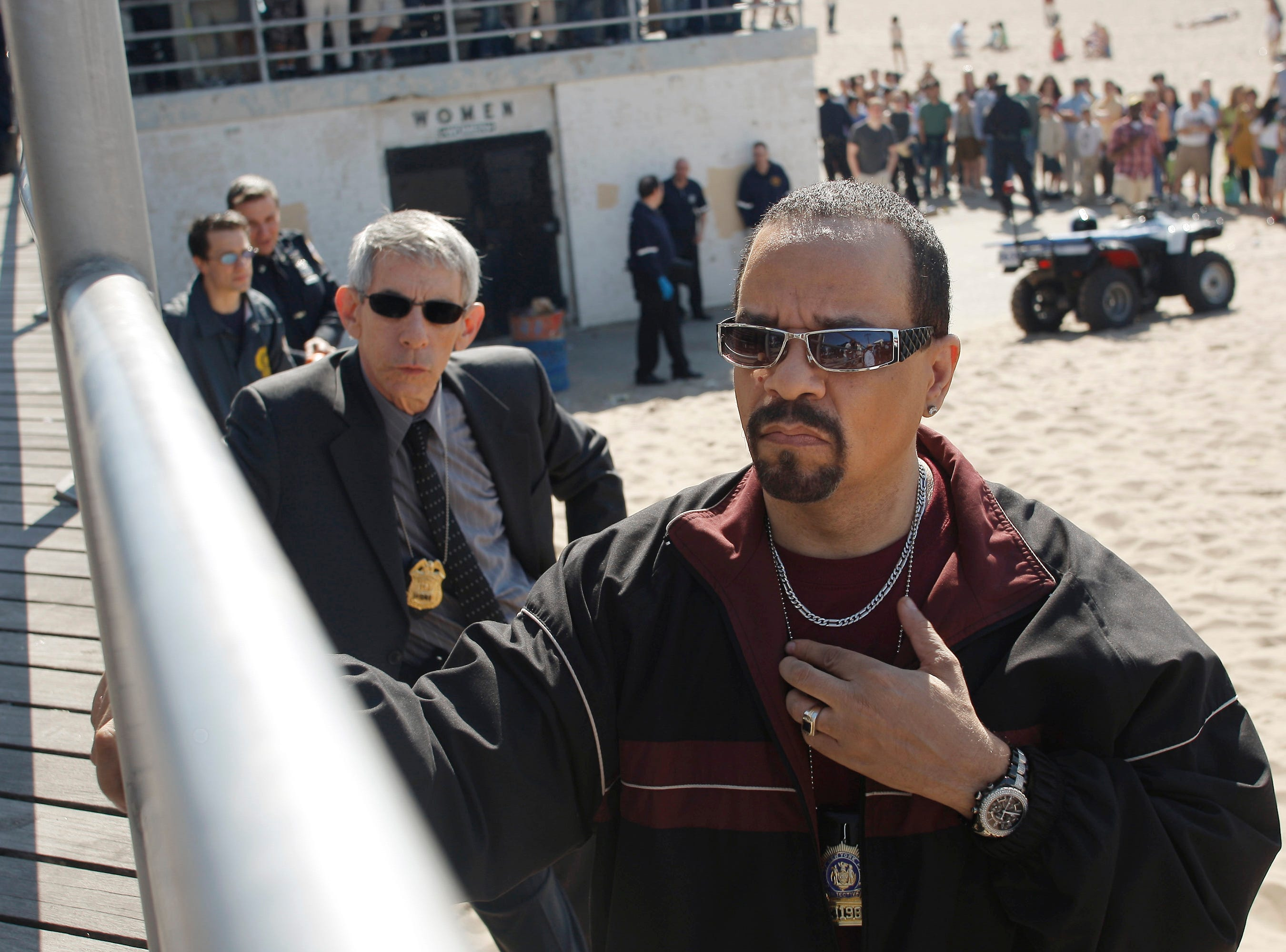 "(L-R)  Richard Belzer and Ice-T  in LAW & ORDER: SPECIAL VICTIMS UNIT -- ""Zebras"" Episode 1022 -- Pictured: -- NBC photo: Will Hart  FOR EDITORIAL USE ONLY -- NOT FOR SALE/DO NOT ARCHIVE (Via MerlinFTP Drop)"