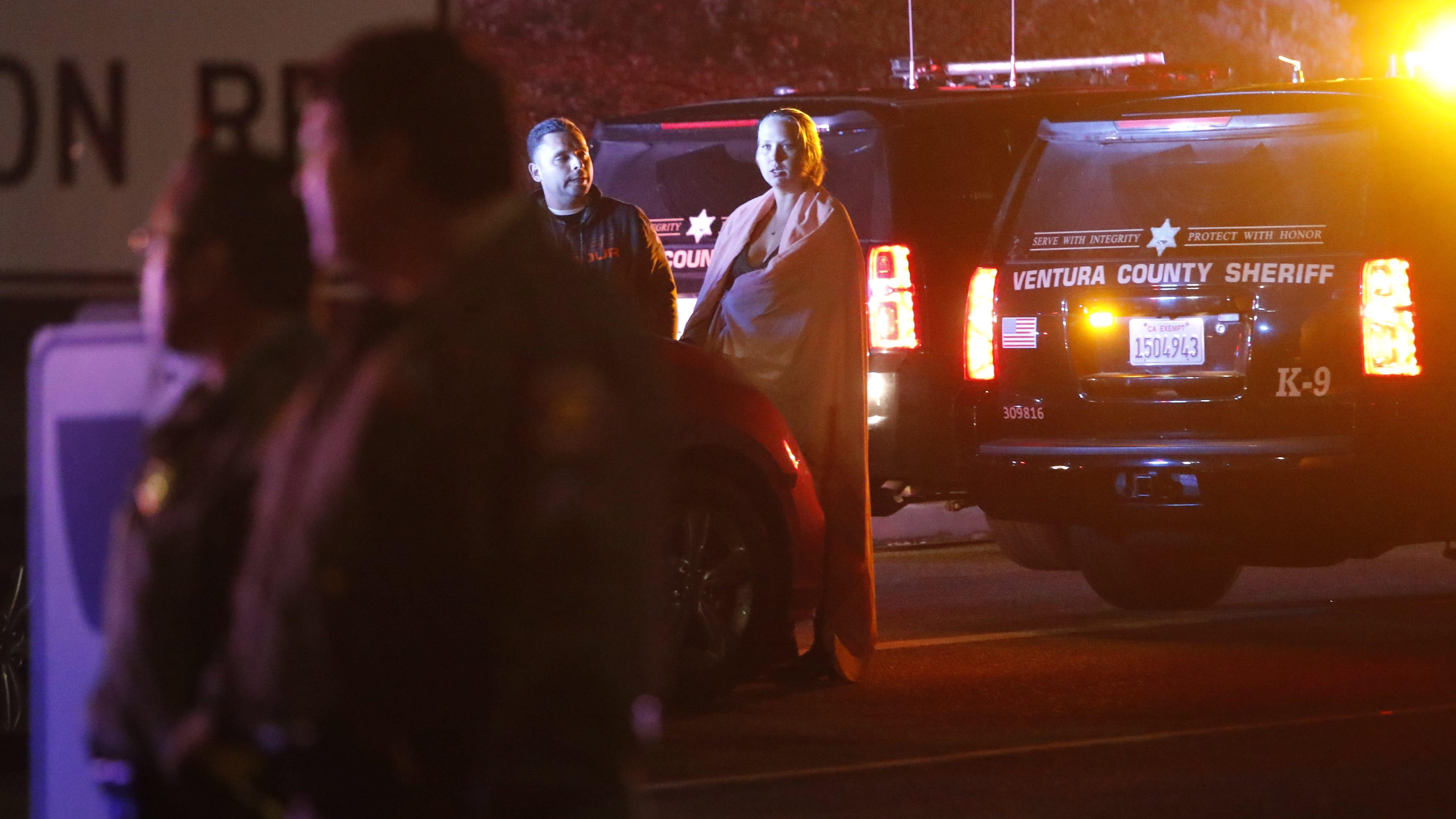 Live Stream Shooting Wallpaper: Thousand Oaks Shooting Kills Twelve, Live Stream