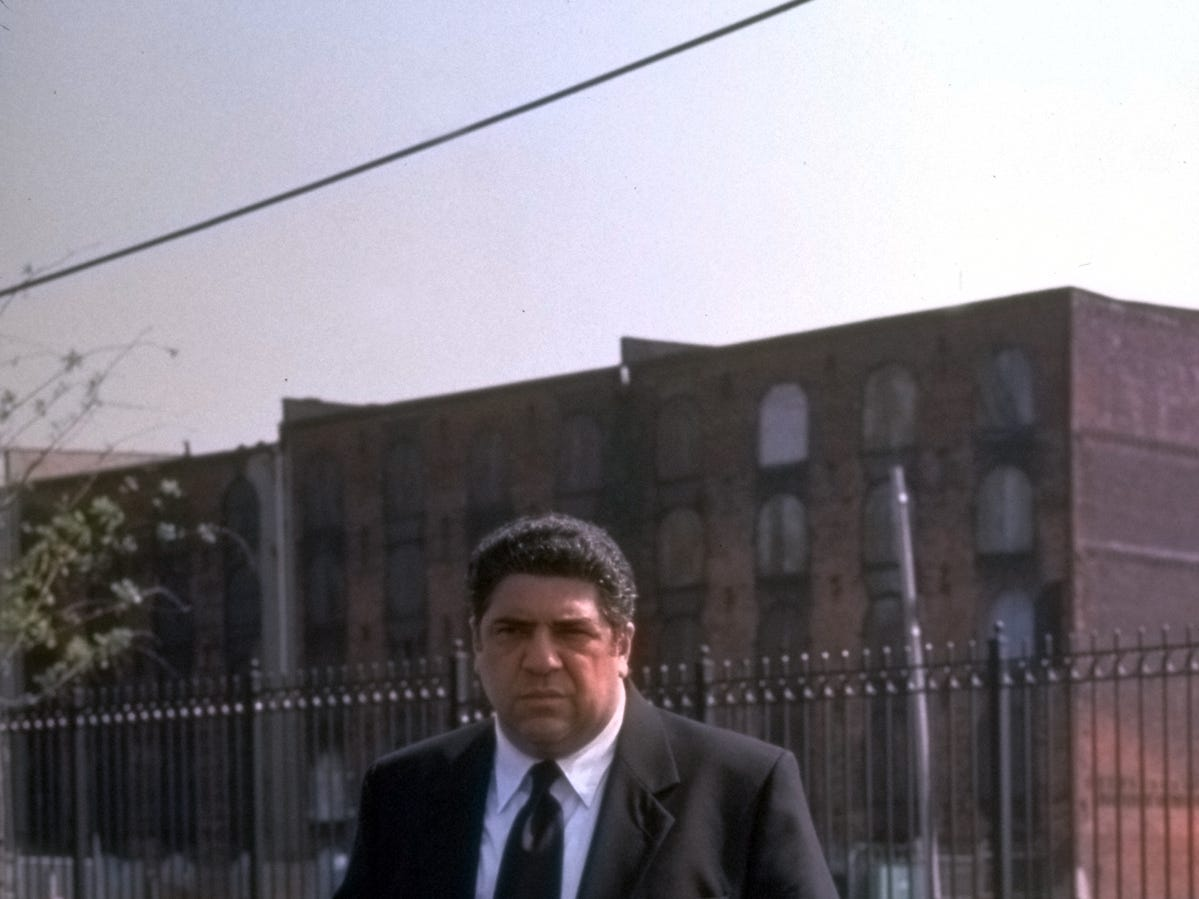 Vincent Pastore in a scene from the motion picture Made. --- DATE TAKEN: rcd 07/01  No Byline   Artisan Entertainment        HO      - handout ORG XMIT: PX51105