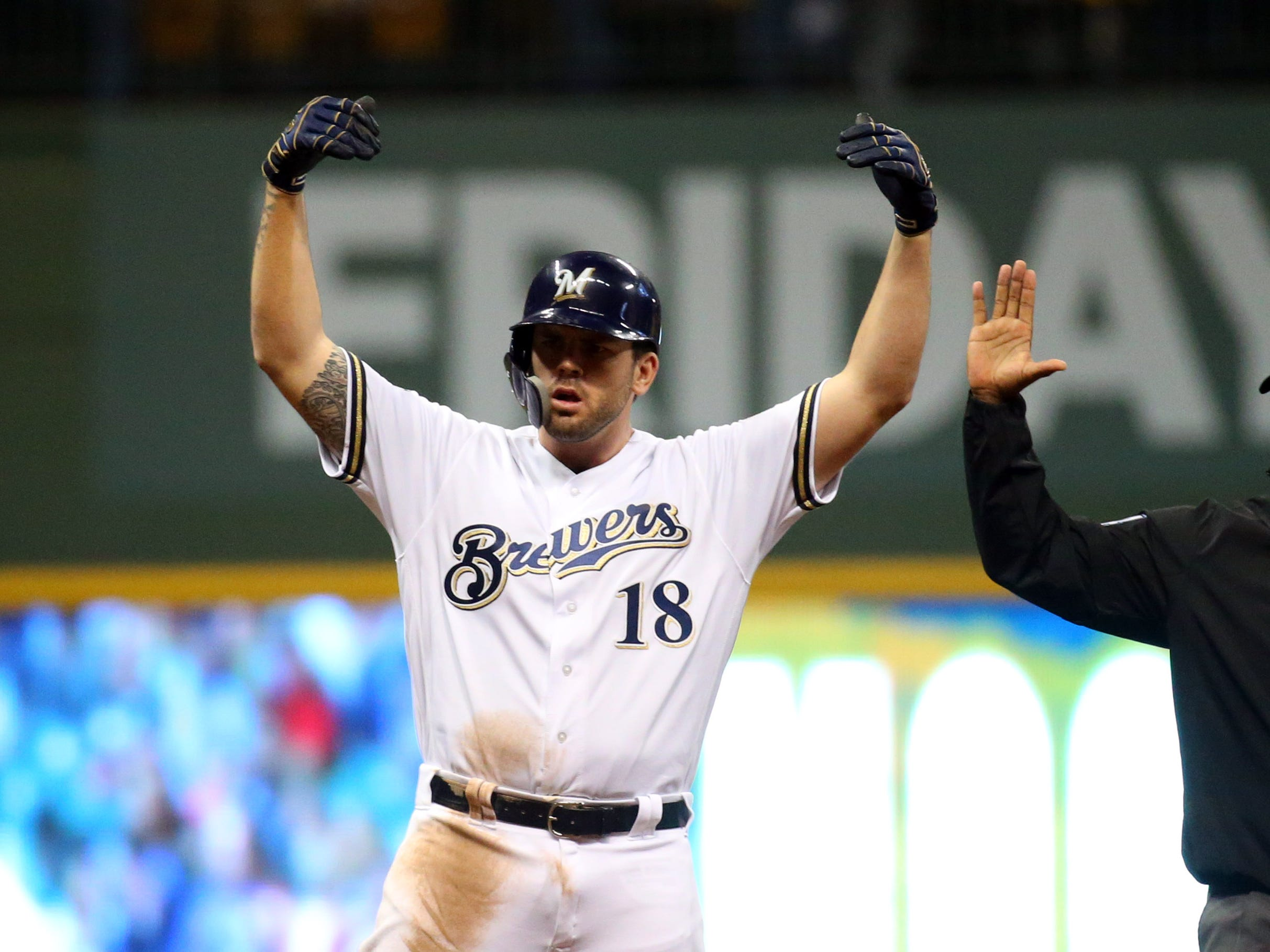 Mike Moustakas (30, 3B, Brewers)