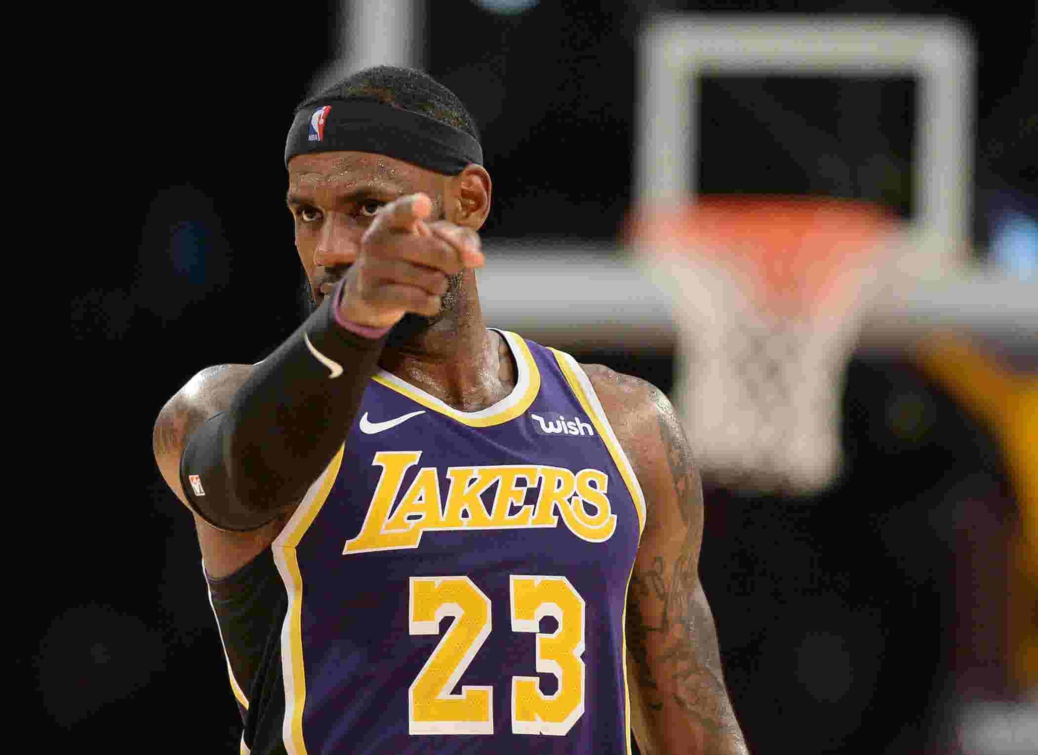 詹皇揭秘11年前的辛酸往事,看完這段話,誰還會嘲諷他的決定一?(影)-Haters-黑特籃球NBA新聞影音圖片分享社區