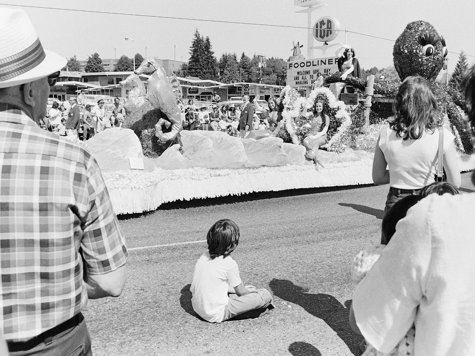 07/25/77Whaling Days Parade