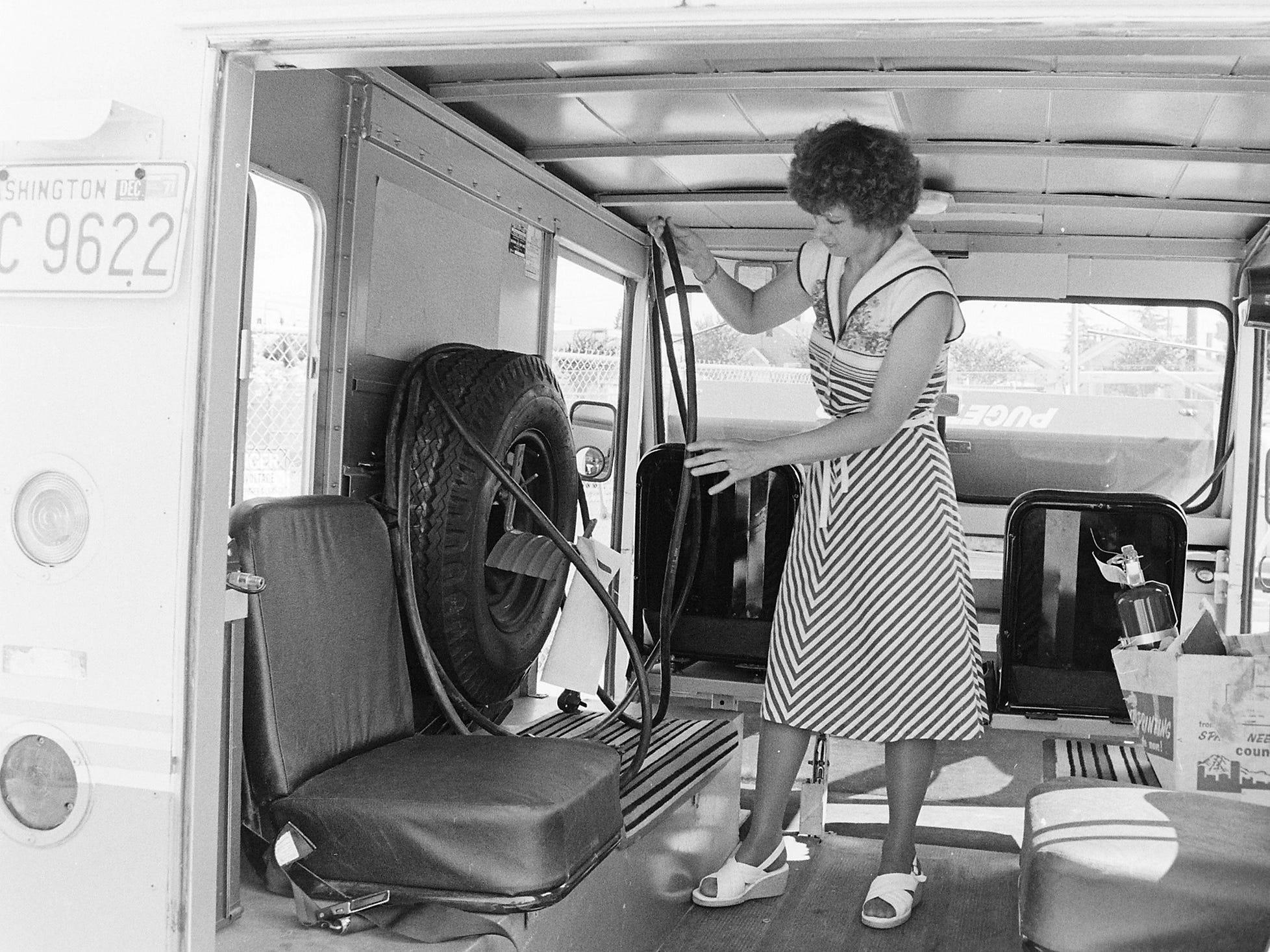 08/26/77 Electric Van: Voltswagon