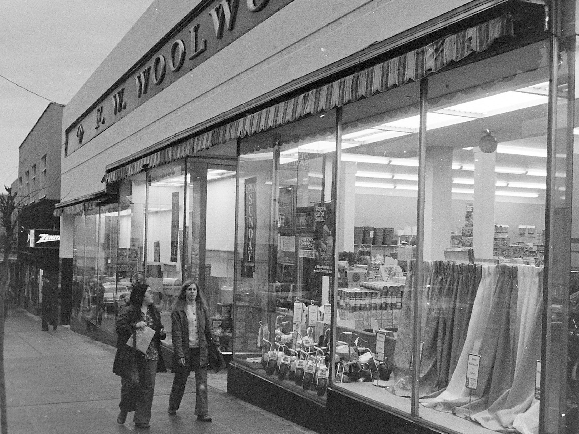 11/10/77