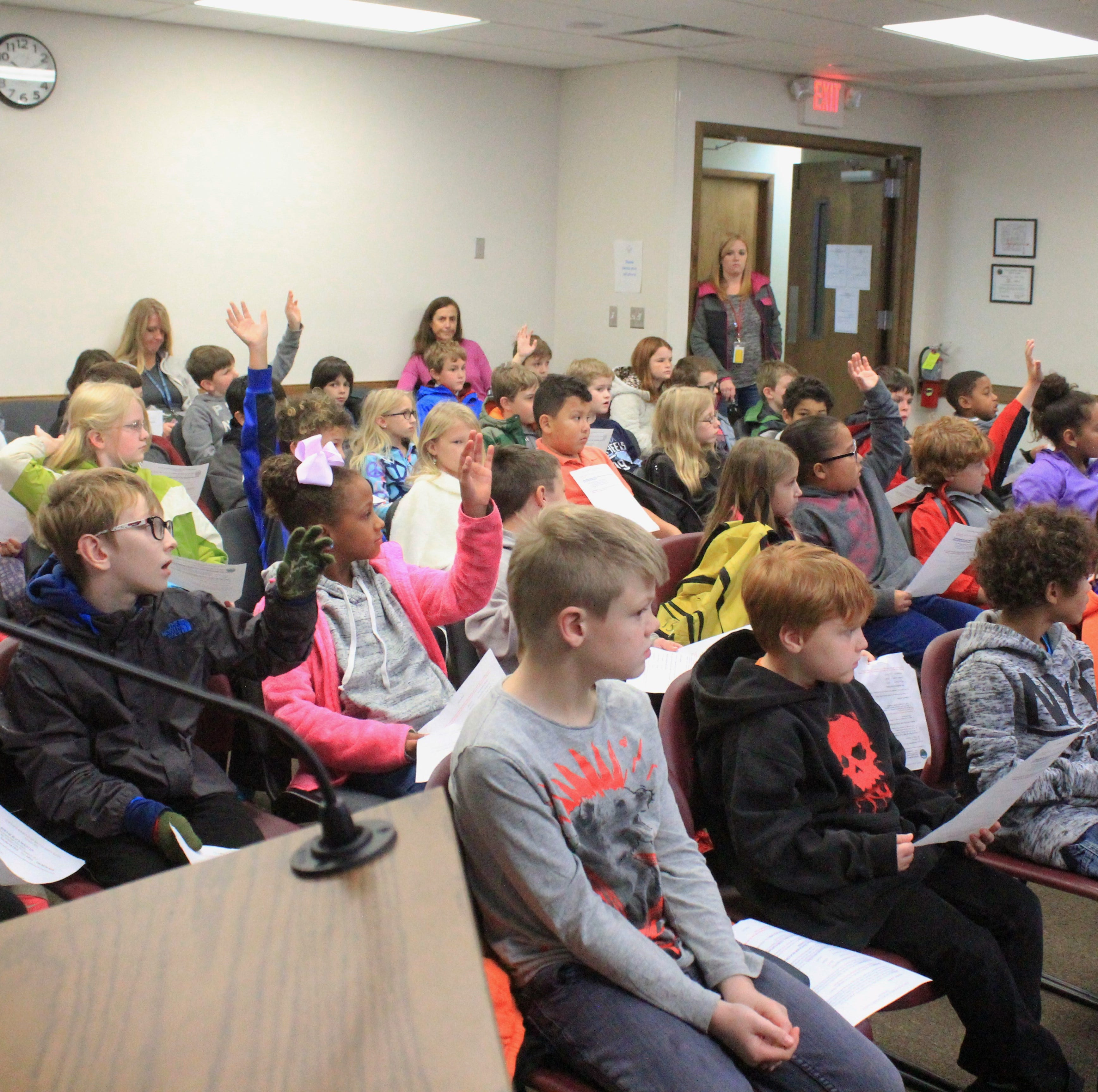 Third-graders learn about government at Town Hall Day