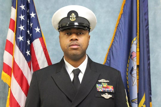 Chief Petty Officer Troy Lindsay