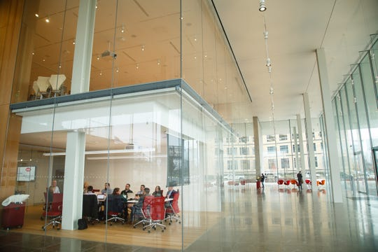 The Krause Gateway Center's lobby features 29-foot-tall glass panels that were the largest in the United States when they were installed, only to be outdone by Apple's flagship store in New York.