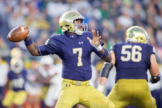 Notre Dame senior quarterback Brandon Wimbush looks to carry the Irish past Florida State on Saturday.