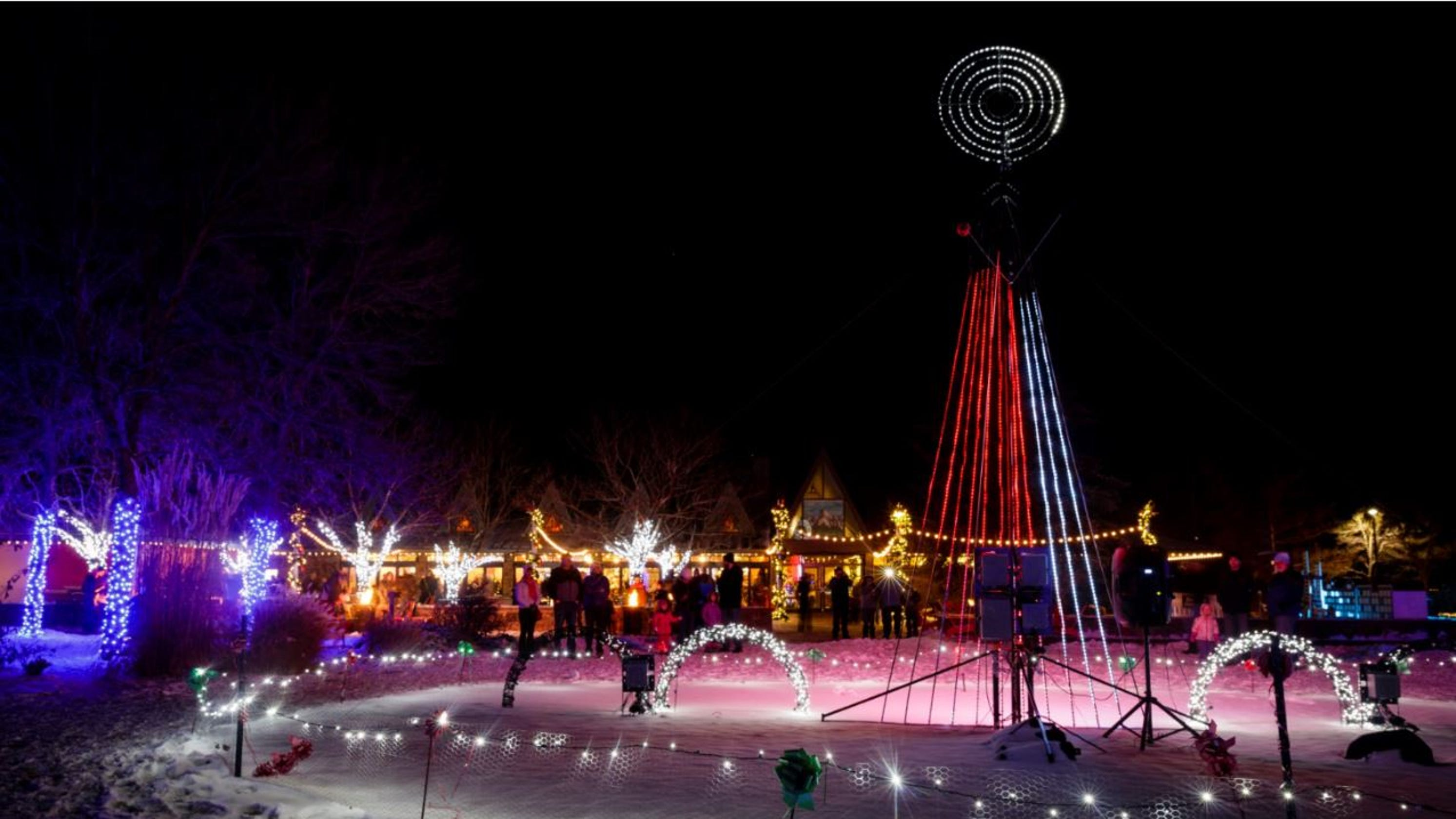 northern colorado events santas coming to town more holiday lights