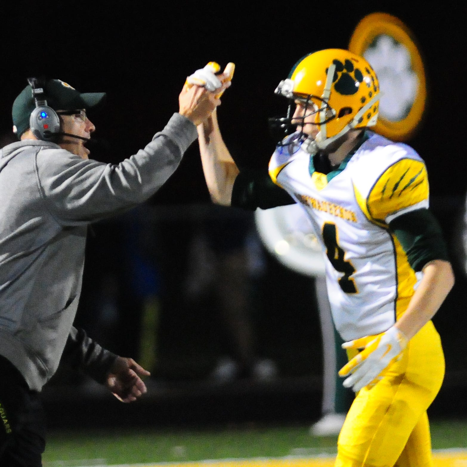 High school football: Ashwaubenon's Mark Jonas steps down