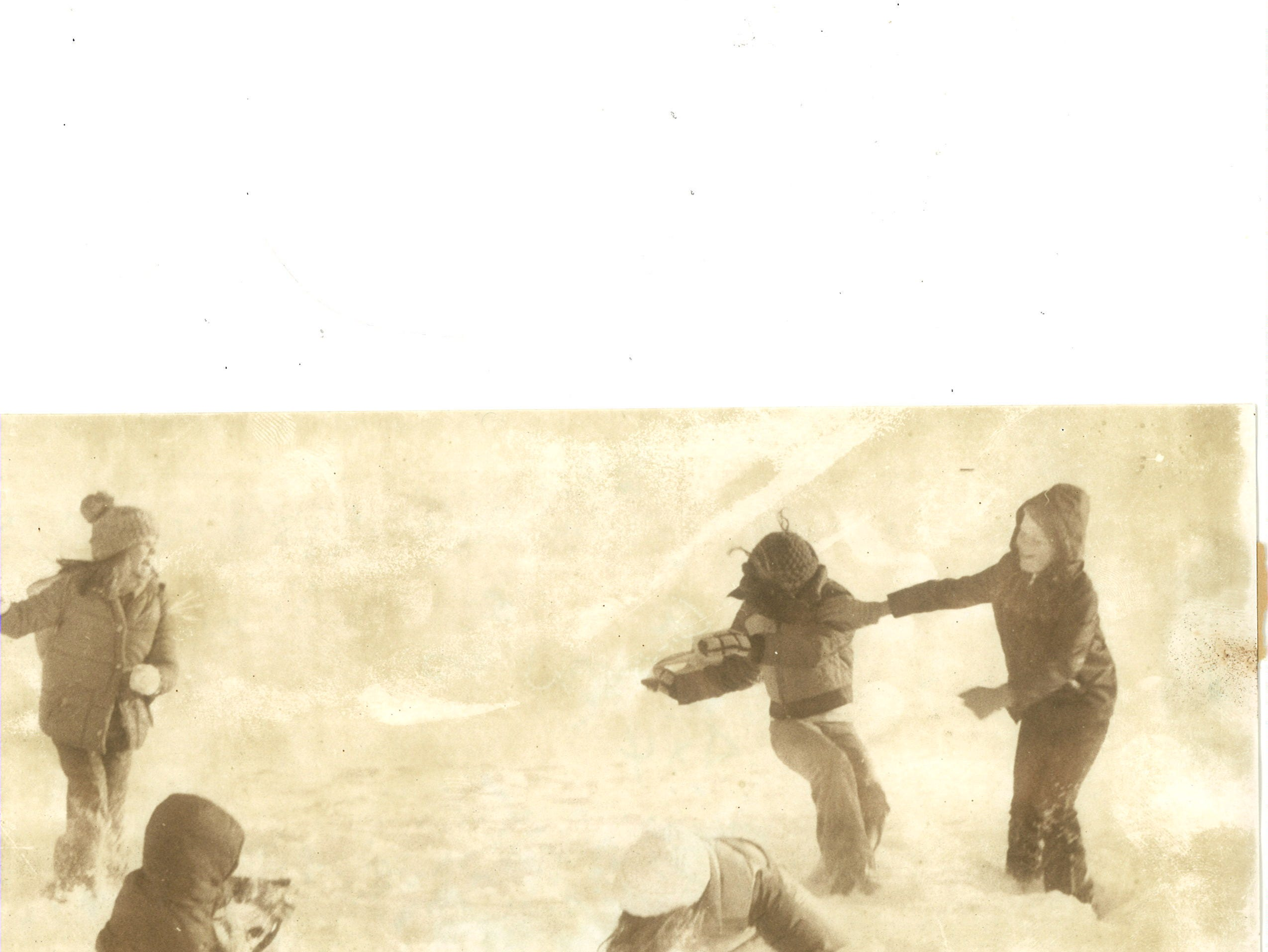 Life in Great Falls 40 years ago: A snowball fight breaks out among young kids