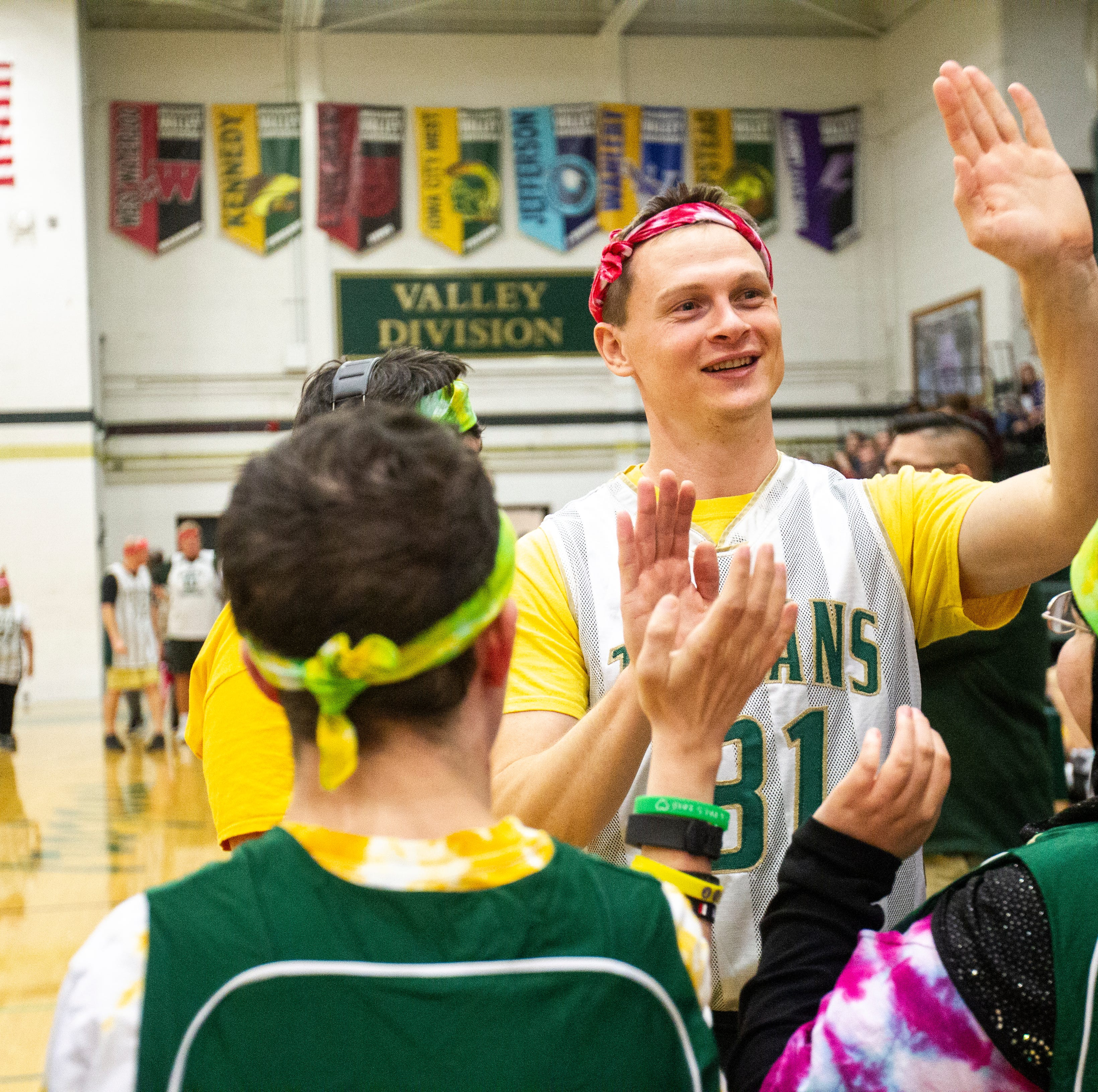 A bit of competition among friends: Best Buddies looks to make basketball game a tradition