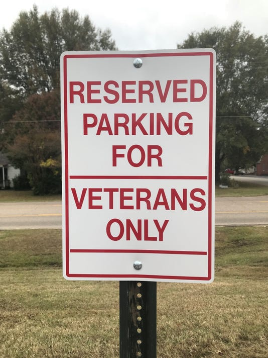 Veterans Sign