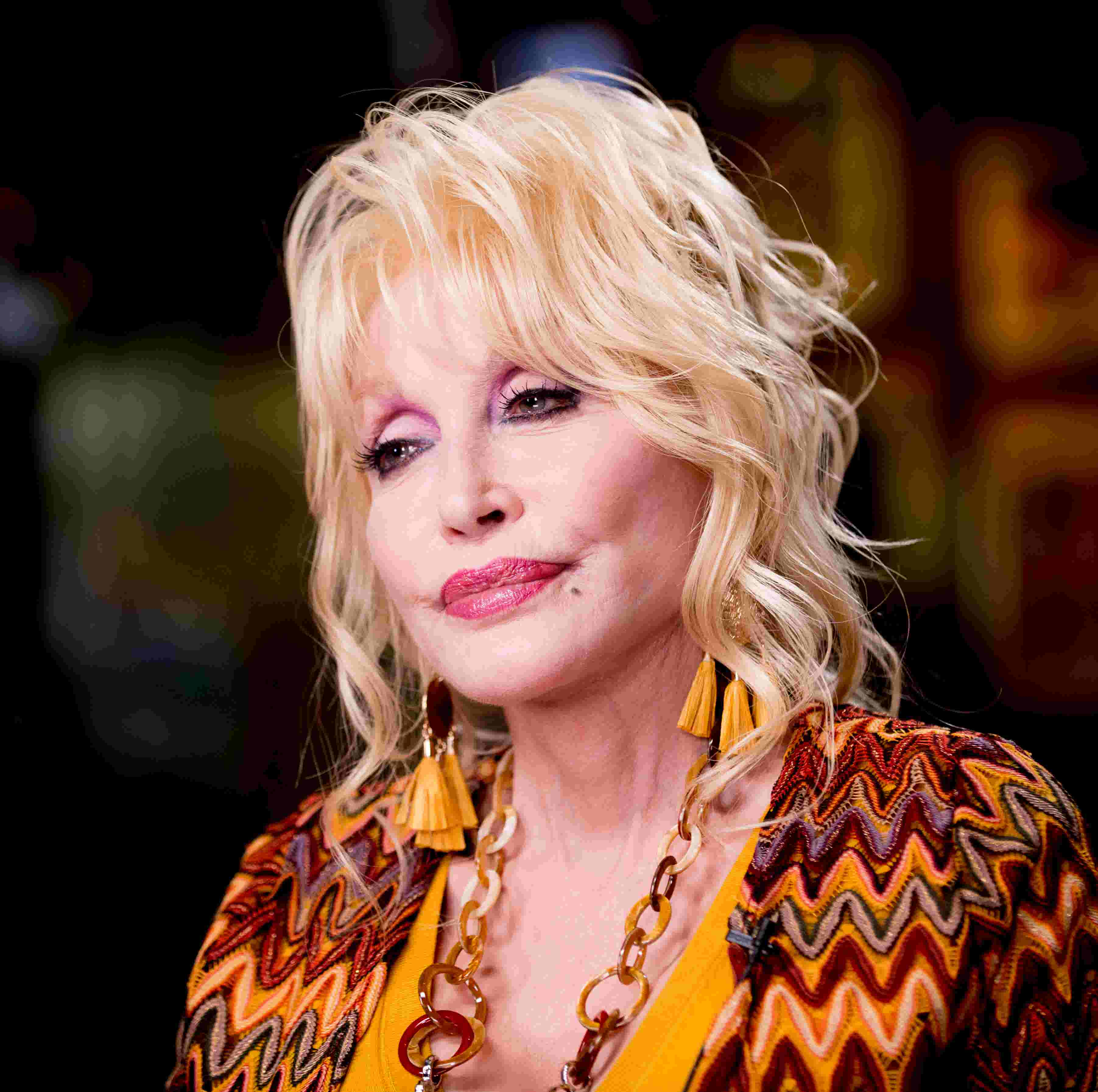 Dolly Parton Plans Christmas Musical How Many People Have Their Dreams Come True