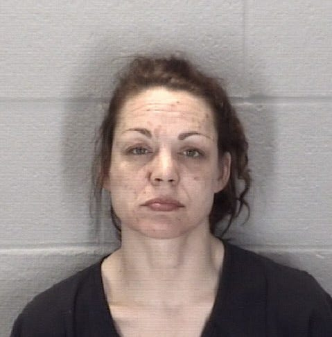 Lafayette woman charged with breaking into a house -- twice