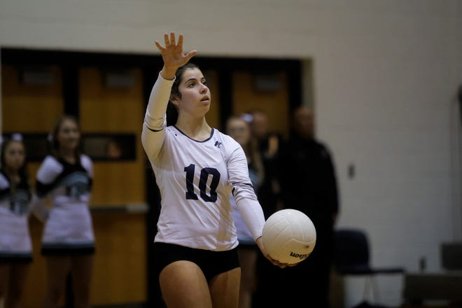 Piedra Vista's Angelica Sabol serves the ball to Farmington during Thursday's District 2-5A tournament semifinals at Jerry A. Conner Fieldhouse in Farmington.