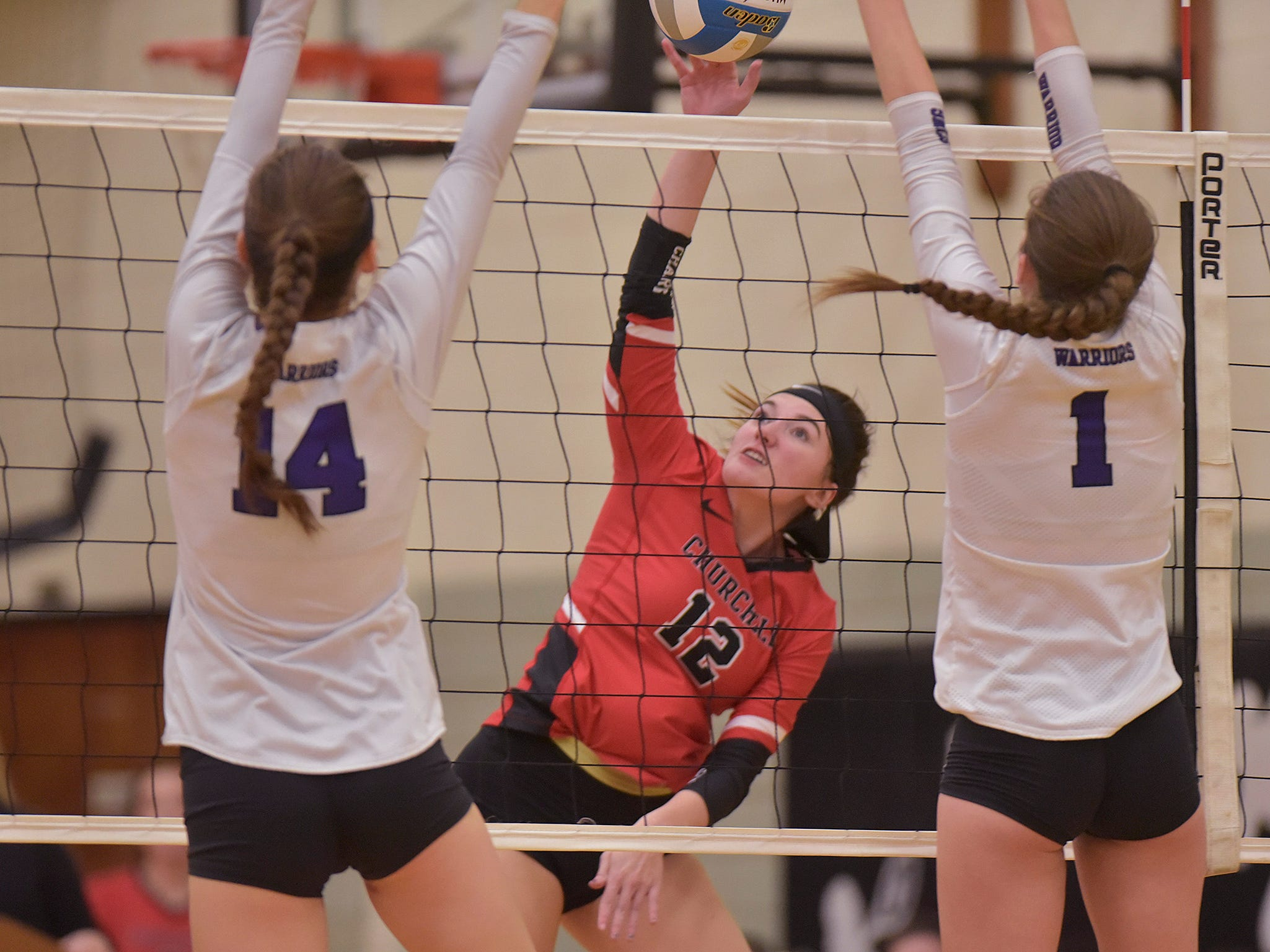 Churchill volleyball beats Woodhaven to take D-1 Regional crown