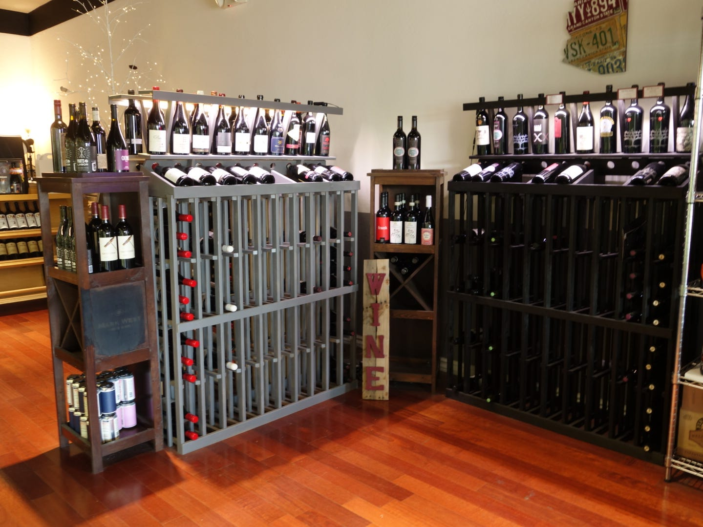 Arcadia Premium not only offers a selection of wine, but also local productions, cheese and more.