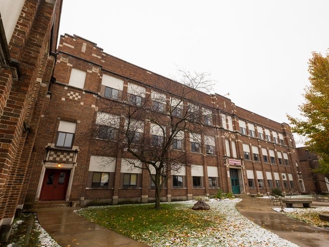The East China school board is considering transferring the purchase option of the former St. Clair Middle School to the developer of the St. Clair Inn. The current owners of the building were going to renovate it into a theater as part of a grant-funded effort to raise a theater festival by 2020, but they're instead looking at at warehouse property.