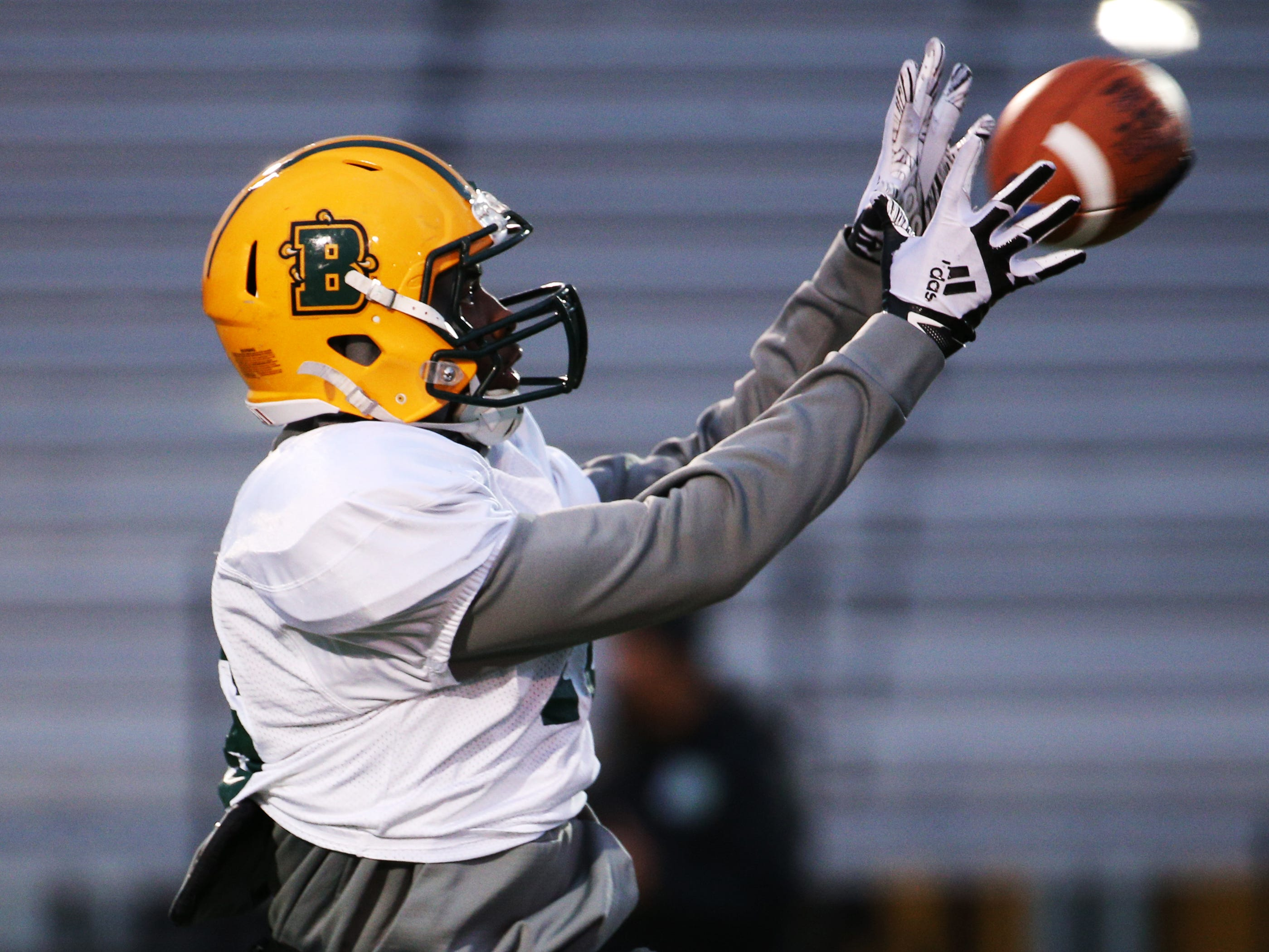 Sophomore receiver Tyjuan Nelson (16) at Brockport football practice.