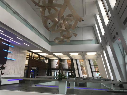 The Metropolitan downtown lobby