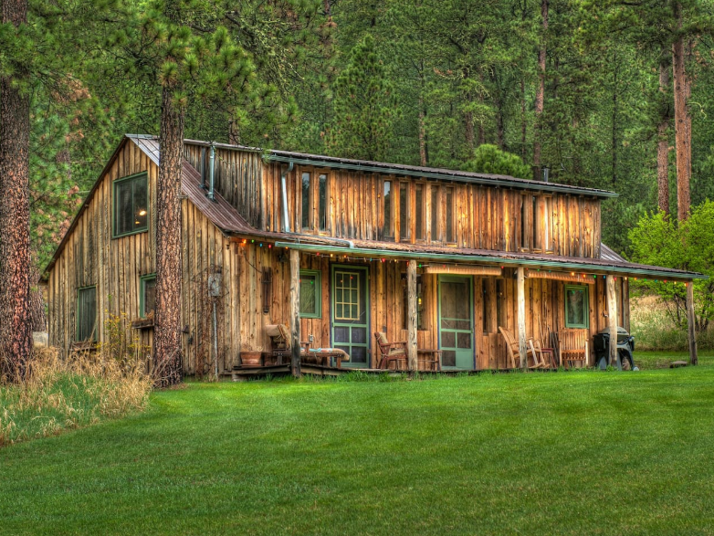 The Cabin at Green Mountain is near Deadwood and was built in the 1910's.