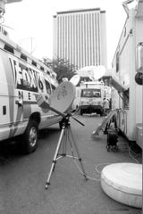 Satellite trucks parked at the Capitol during the 2000 presidential election vote dispute