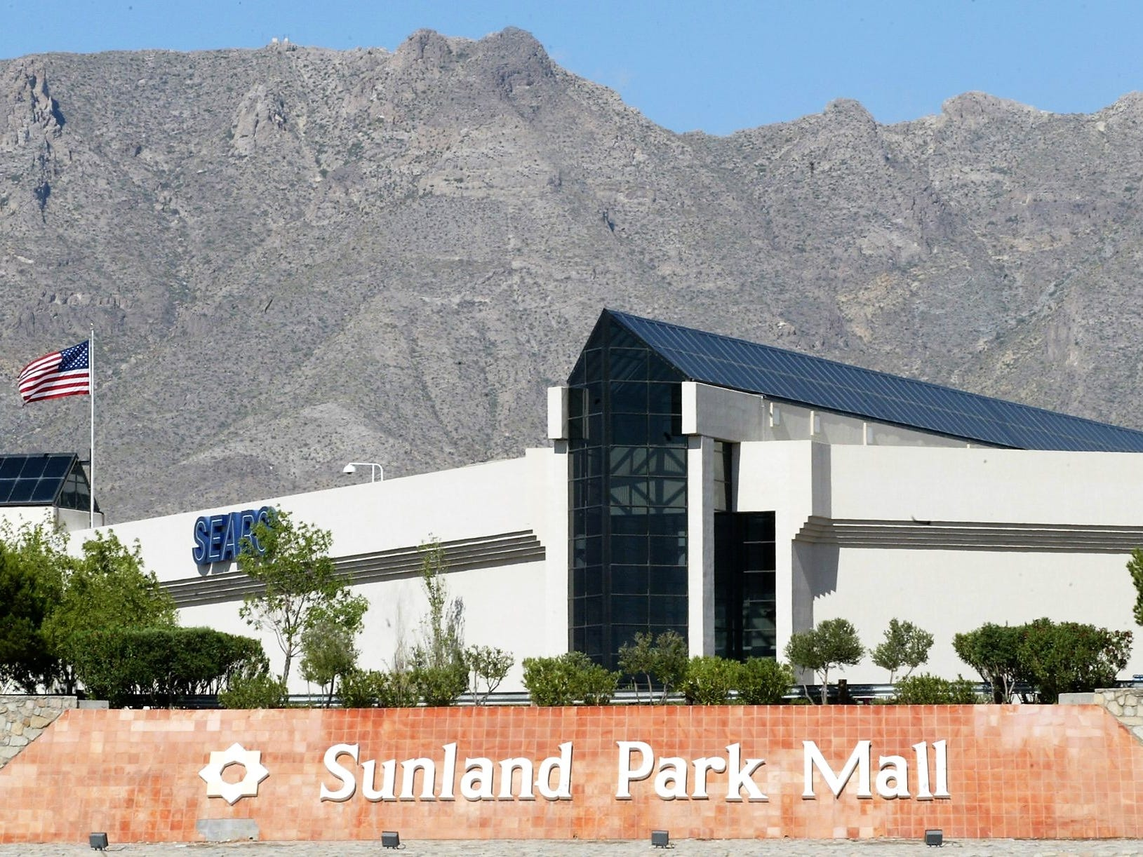 Sears' Sunland Park Mall store closing as part of retailer's restructuring
