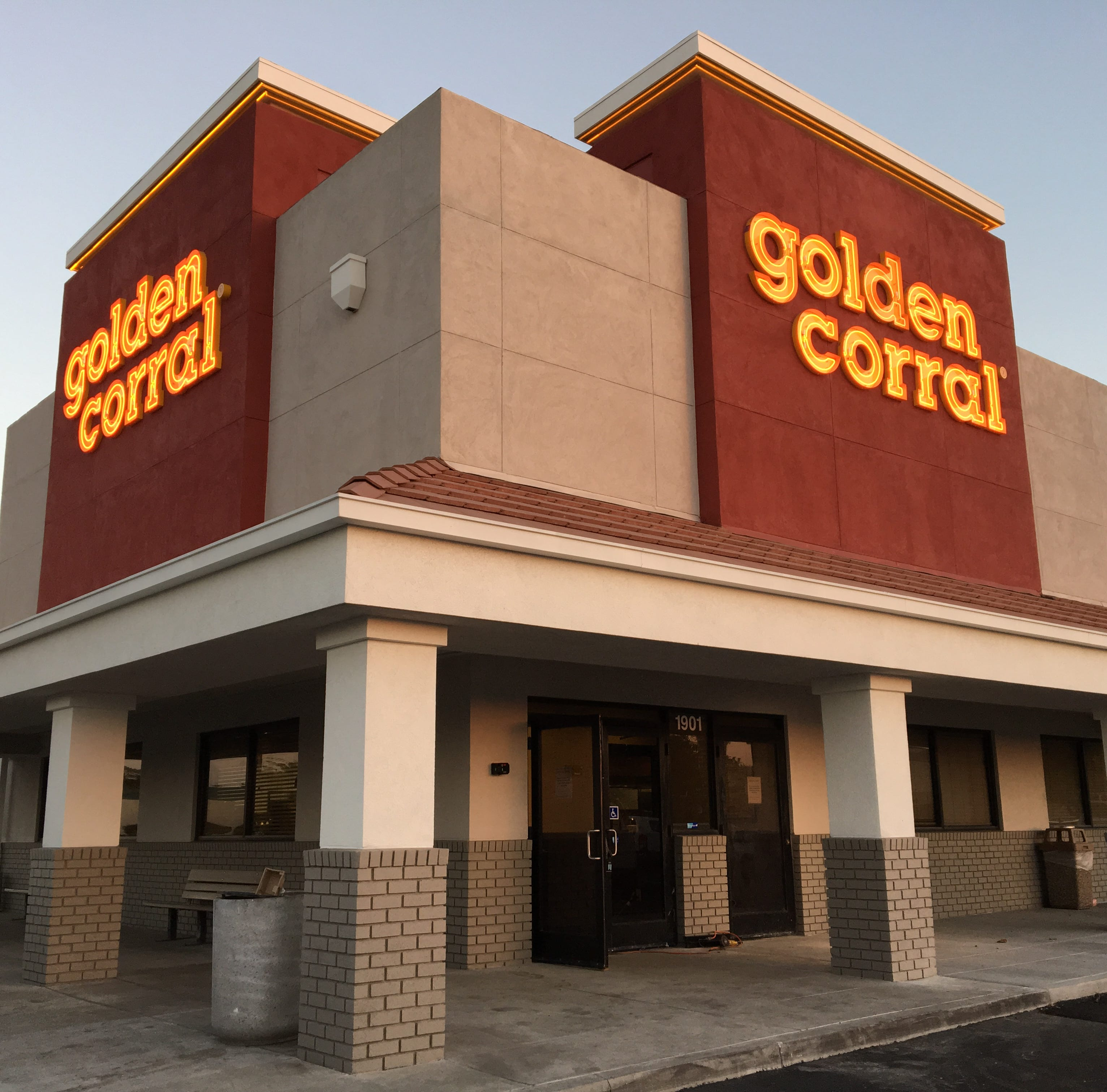 Open and shut: Golden Corral will ride into Oxnard with buffet service, chocolate fountain