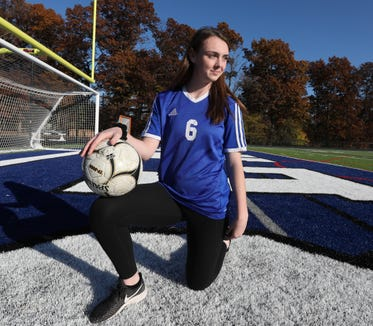 Sarah Donovan, Pearl River soccer Nov. 8, 2018.