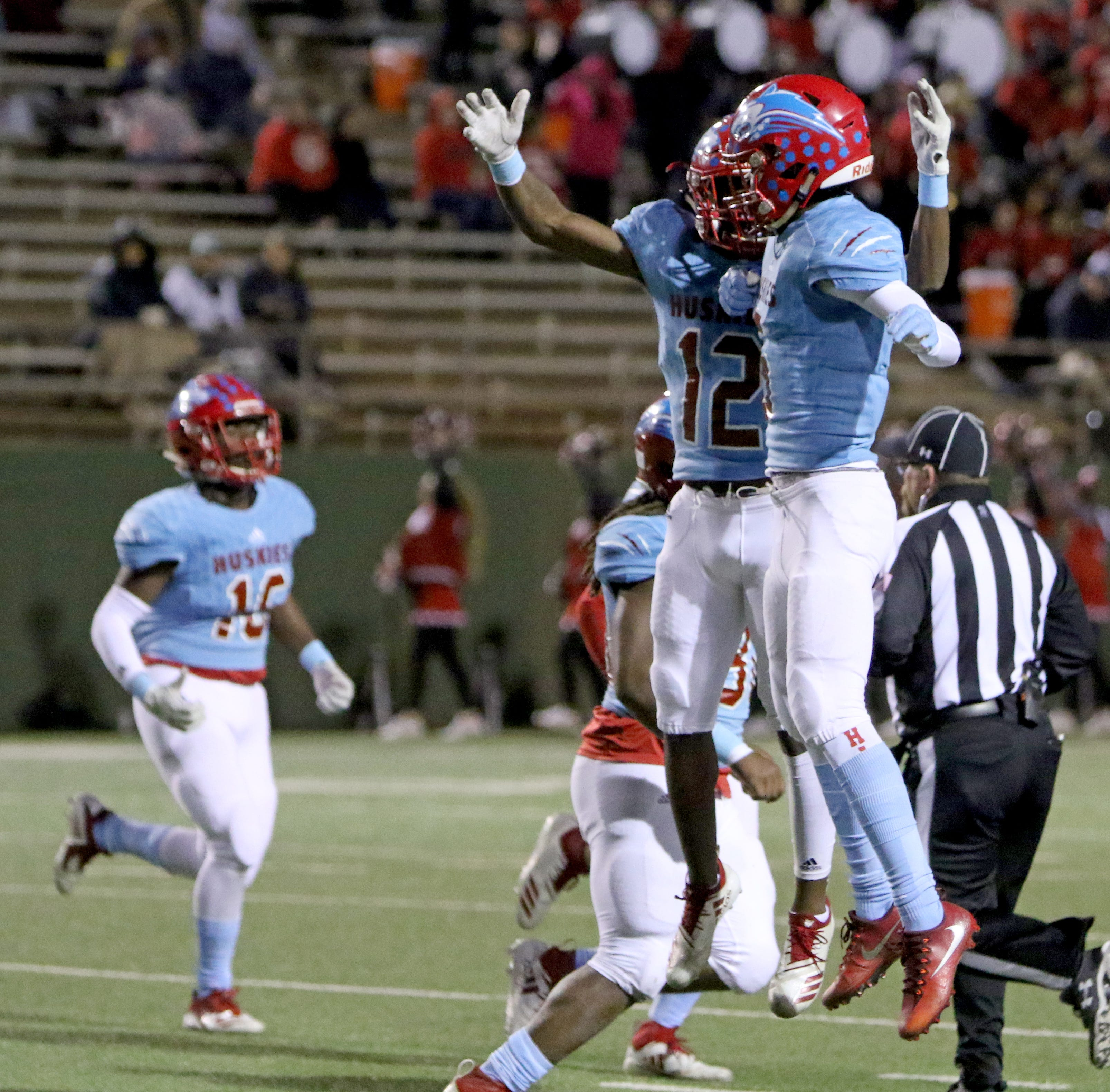 AP Texas High School football poll (Nov. 12)