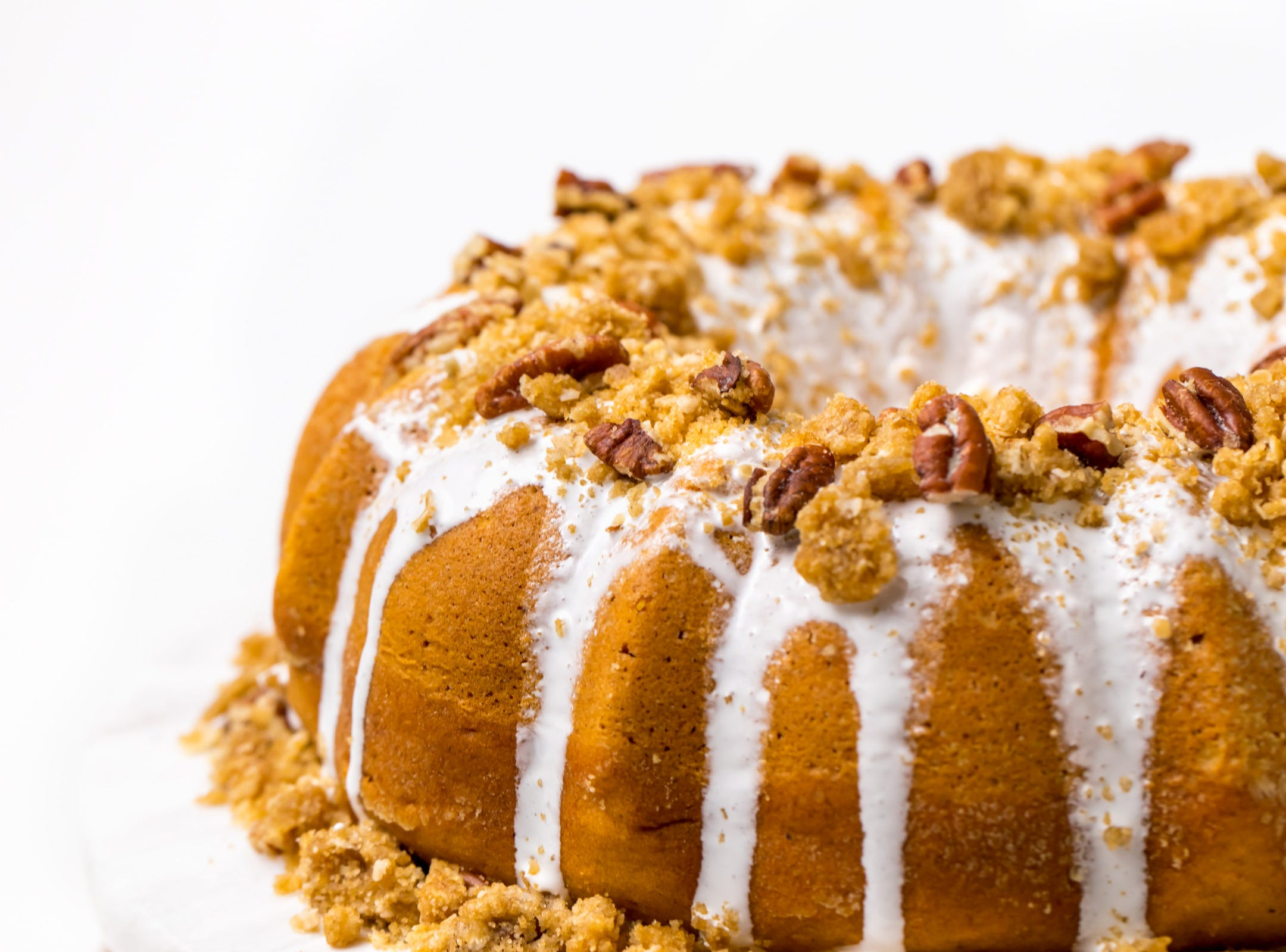 Ready to ditch your traditional Thanksgiving sweet potato casserole for a decadent sweet potato dessert? Our scrumptious sweet potato cake with marshmallow frosting, courtesy of Divas Can Cook, will make your holiday guests want to skip the turkey and eat dessert first.