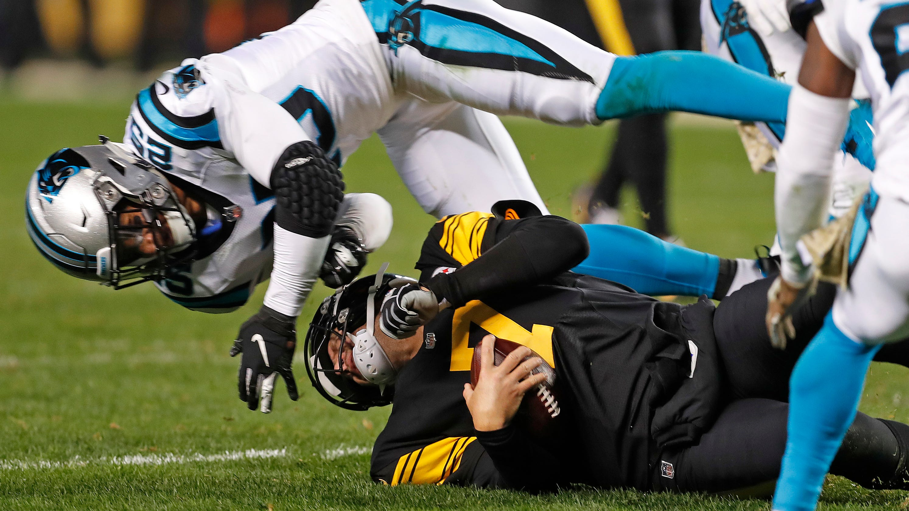 714a5b210 Ben Roethlisberger  Eric Reid had  no intent  of hurting him on late hit