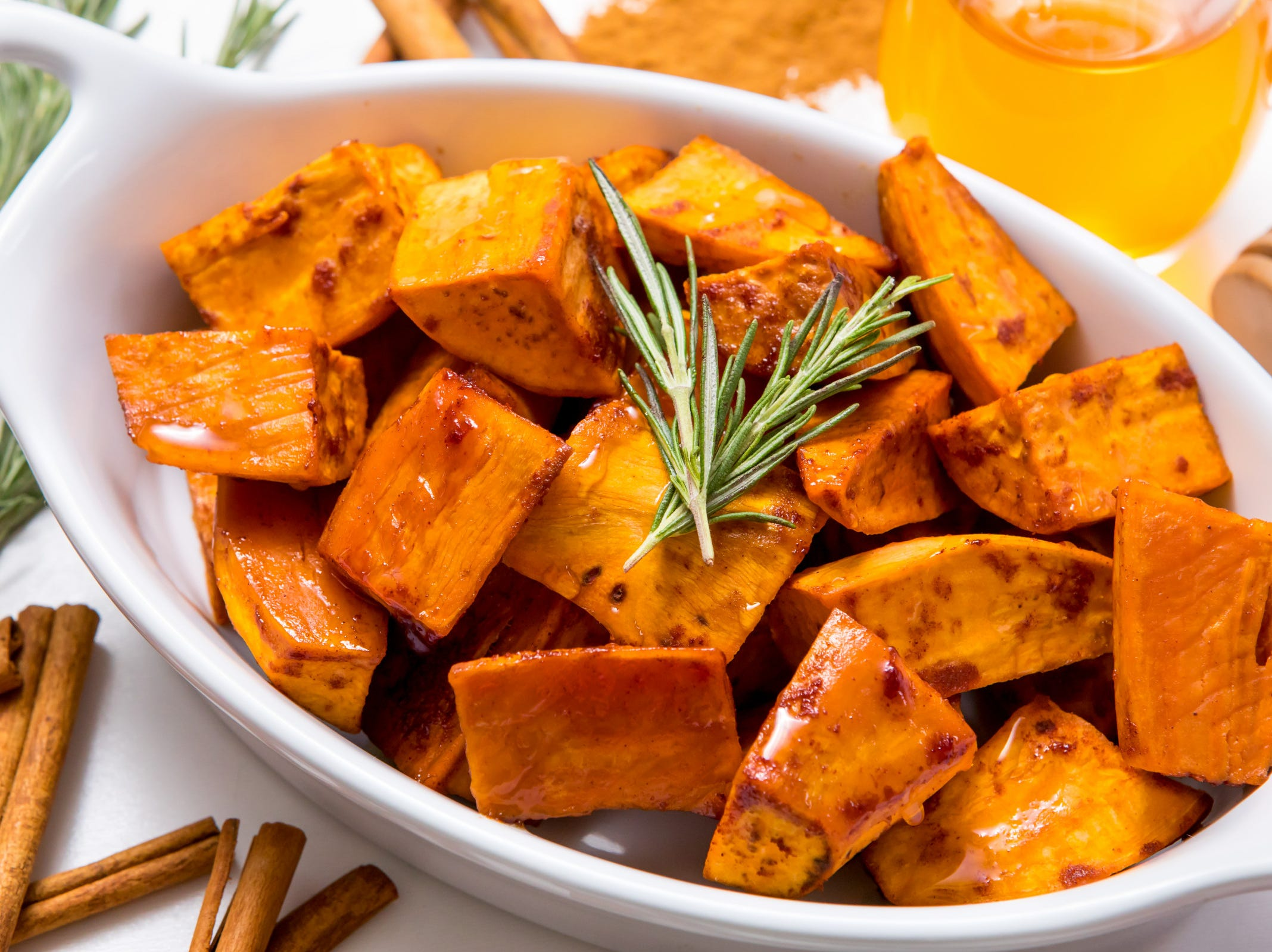 Need a knee-weakening holiday side dish that can deliciously double as a dessert? Our honey cinnamon roasted sweet potatoes, adapted from a recipe by Rasa Malaysia, will make your family and friends fight over who gets the first and last bites. Best yet, this sweet potato recipe is so easy, you can serve it as a special holiday side dish or as the favorite part of your usual weeknight meals.