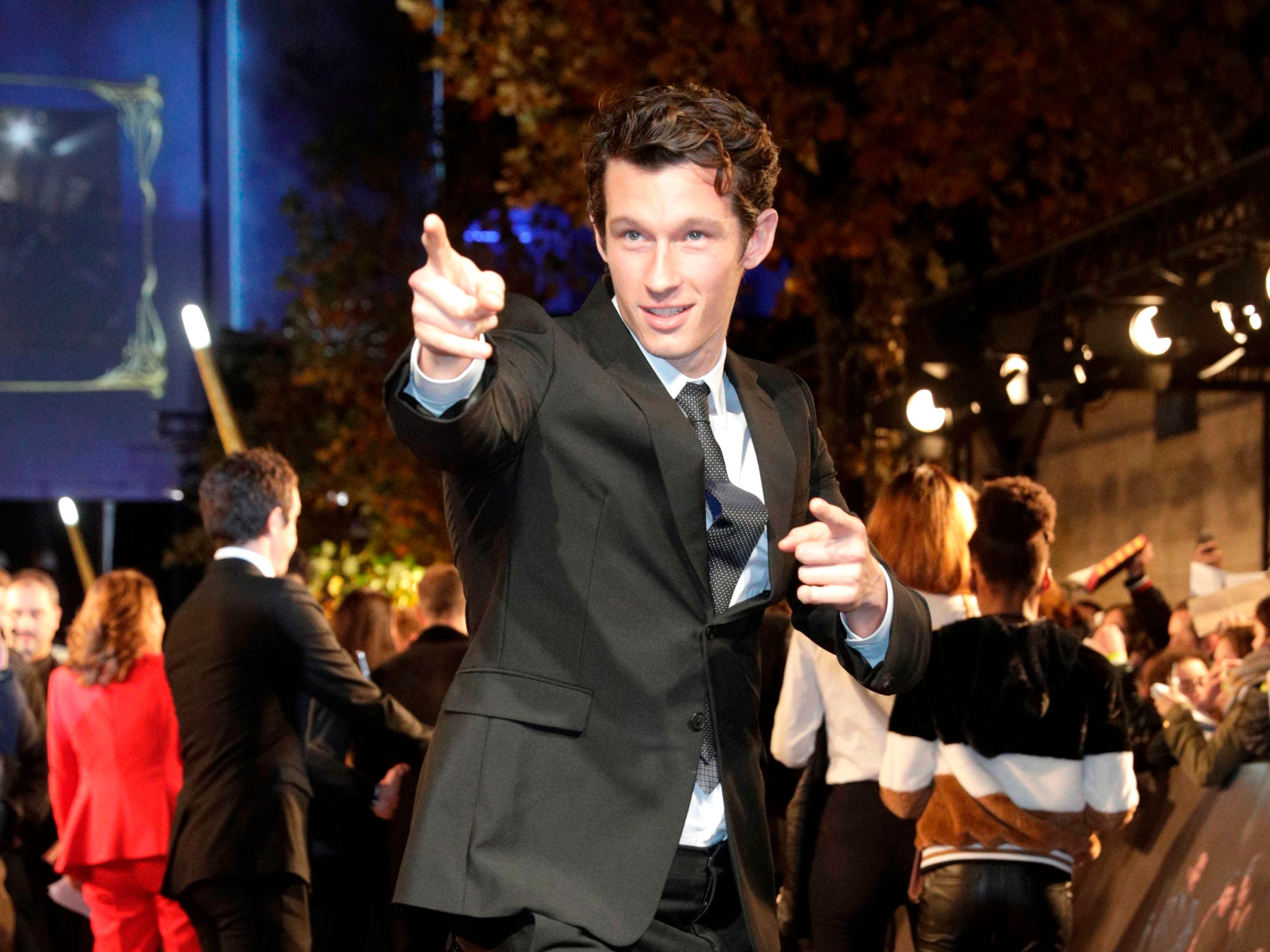British actor Callum Turner poses for photographers as he arrives for the premier of the fantasy film 'Fantastic Beasts: The Crimes of Grindelwald' in Paris on November 8, 2018. (Photo by Geoffroy VAN DER HASSELT / AFP)GEOFFROY VAN DER HASSELT/AFP/Getty Images ORIG FILE ID: AFP_1AO91P