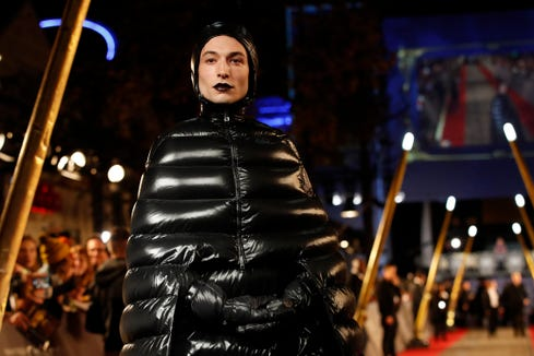 """Actor Ezra Miller poses at the world premiere of the film """"Fantastic Beasts: The Crimes of Grindelwald"""" in Paris, Thursday, Nov. 8, 2018. (AP Photo/Christophe Ena) ORG XMIT: ENA145"""