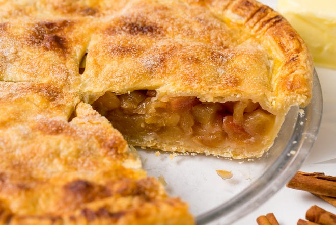 When your sweet tooth is craving a fruit pie that will make you swoon, simply stop what you're doing and make our drool-worthy deep dish apple pie — a recipe we adapted from That Skinny Chick Can Bake.