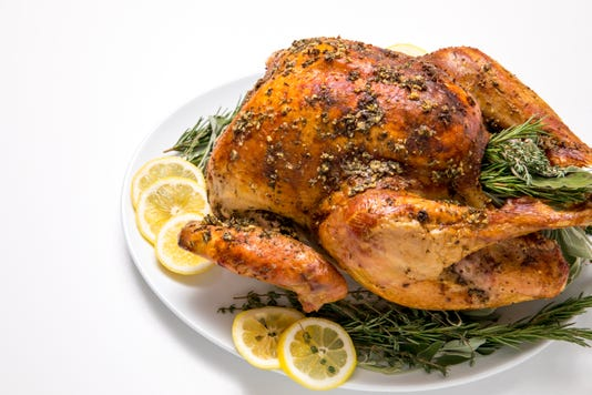5d4b5461 Easy No Fuss Thanksgiving Turkey Turkey On A Plate With Lemon Slices