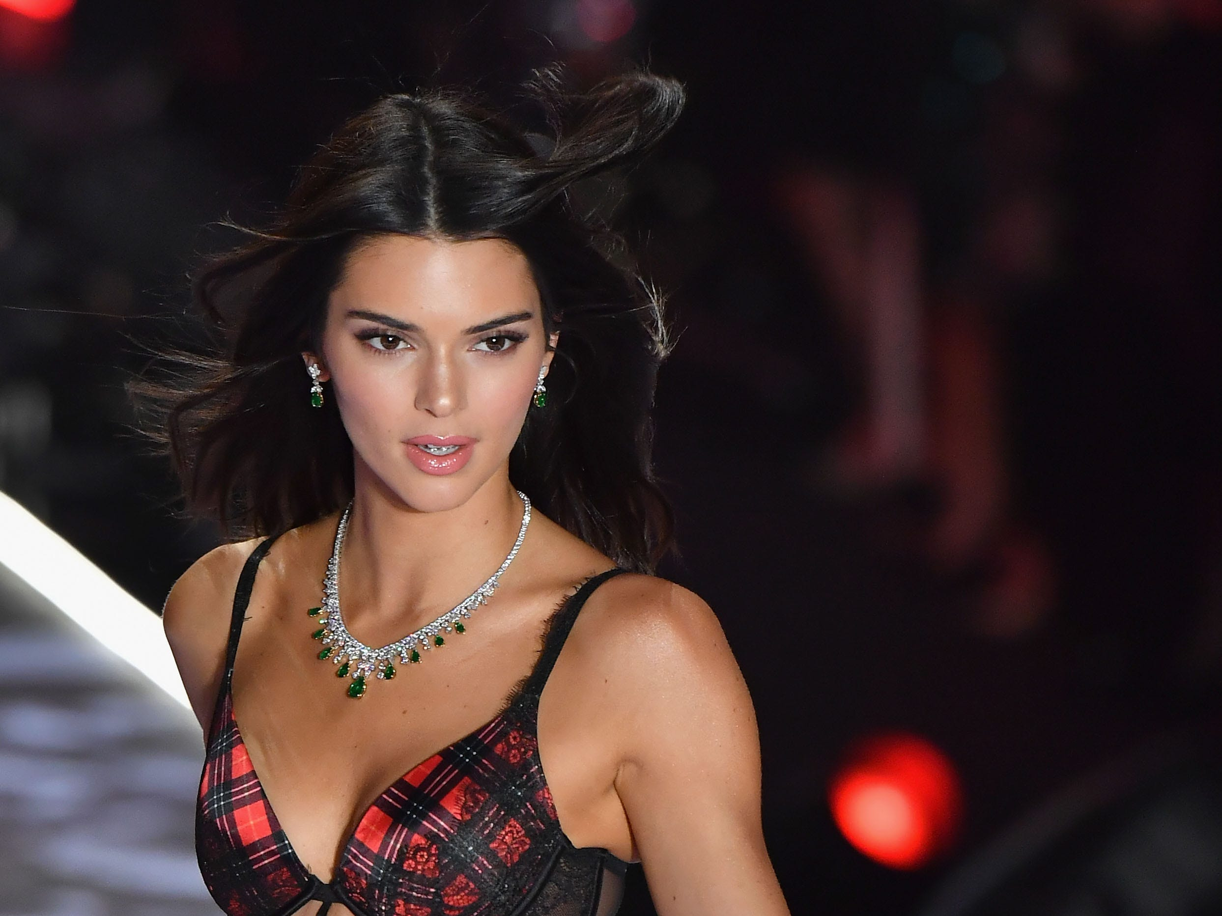US model Kendall Jenner walks the runway at the 2018 Victoria's Secret Fashion Show on November 8, 2018 at Pier 94 in New York City. - Every year, the Victoria's Secret show brings its famous models together for what is consistently a glittery catwalk extravaganza. It's the most-watched fashion event of the year (800 million tune in annually) with around 12 million USD spent on putting the spectacle together according to Harper's Bazaar. (Photo by Angela Weiss / AFP)ANGELA WEISS/AFP/Getty Images ORIG FILE ID: AFP_1AP078