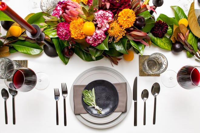 Lory Parson, of the stylish blog To Have + To Host gives suggestions on a Thanksgiving tablescape.