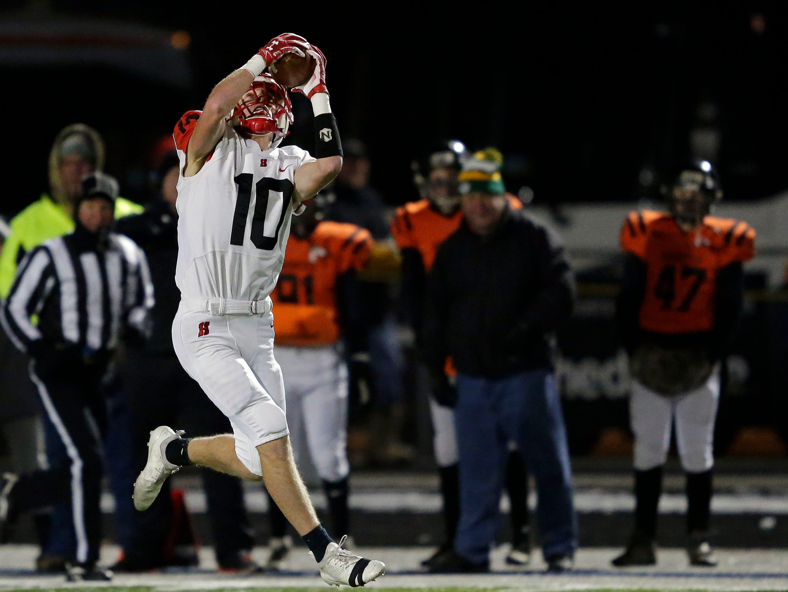Jared Schneider of Homestead pulls in a pass against Marshfield in a WIAA Division 2 state semifinal football game Friday, November 9, 2018, at Calder Stadium in Menasha, Wis.Ron Page/USA TODAY NETWORK-Wisconsin