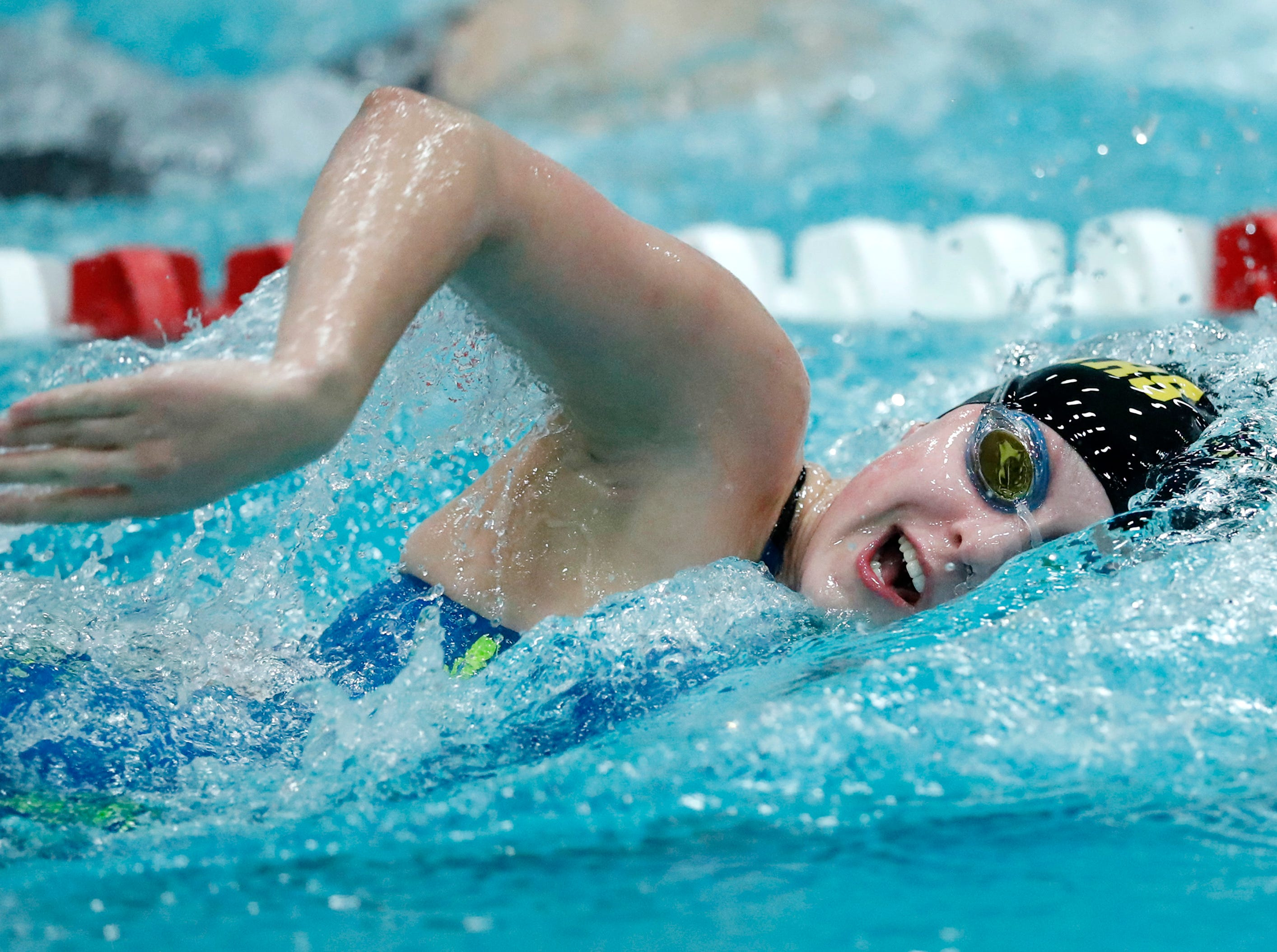Ashwaubenon's Sydney Popp races in the 500 yard freestyle during the WIAA Division 2 State Swimming and Diving meet Friday, Nov. 9, 2018, at the UW Natatorium in Madison, Wis.Danny Damiani/USA TODAY NETWORK-Wisconsin