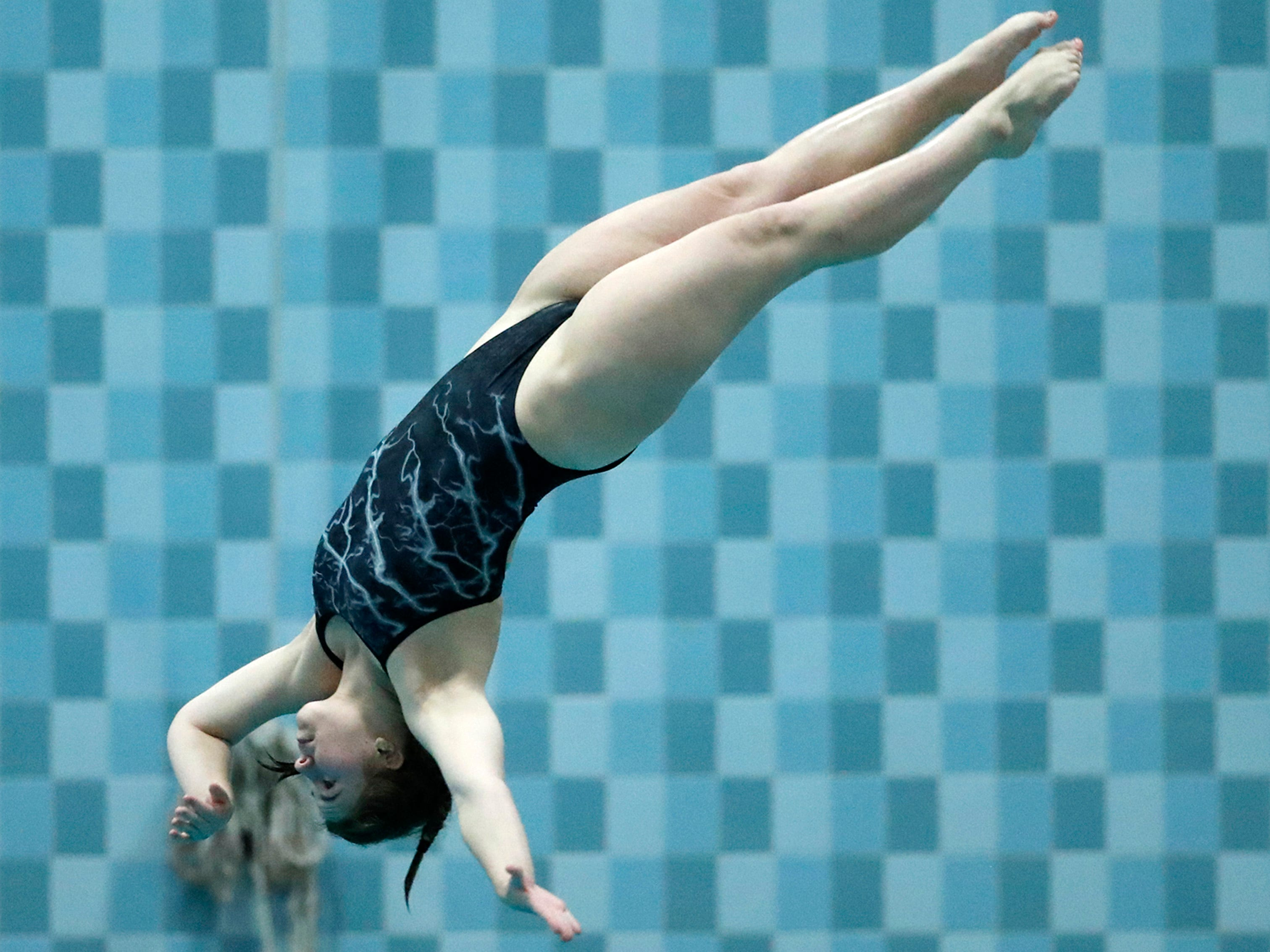 Plymouth's Isabella McCabe competes in the diving finals during WIAA Division 2 State Swimming and Diving Friday, Nov. 9, 2018, at the UW Natatorium in Madison, Wis.