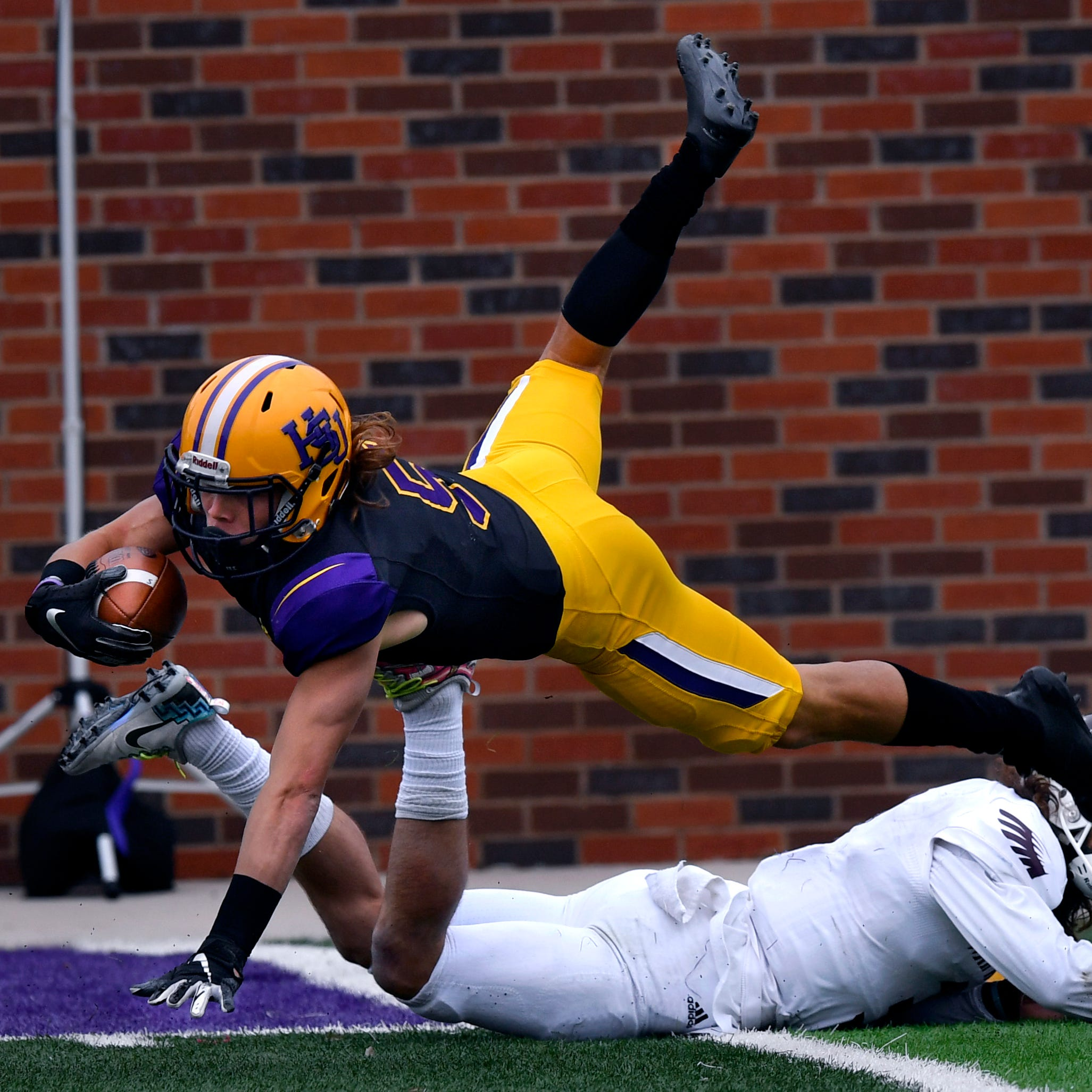 Hardin-Simmons pounds McMurry 83-6 in crosstown football