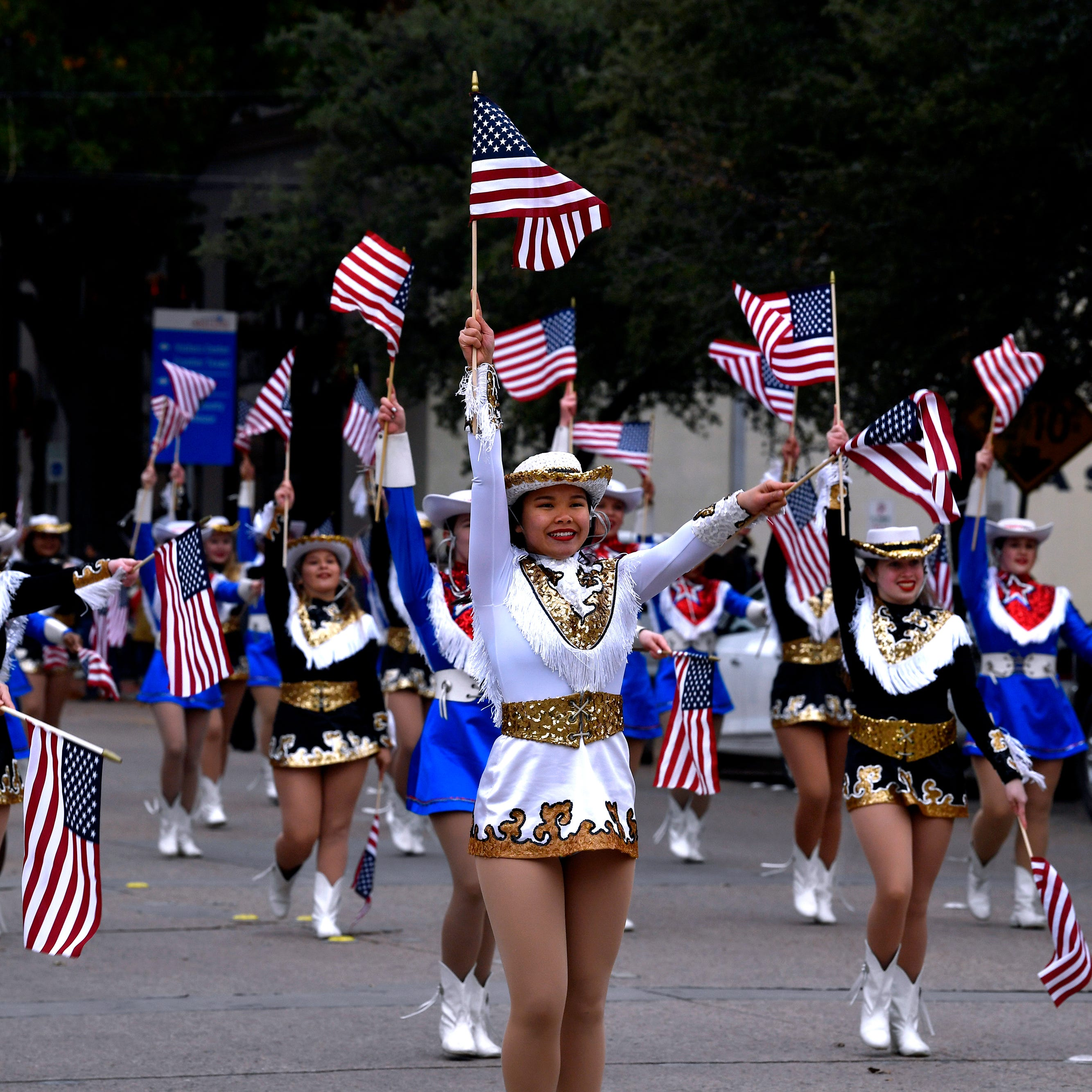 Patriotism rules over chilly Veterans Day parade in Abilene