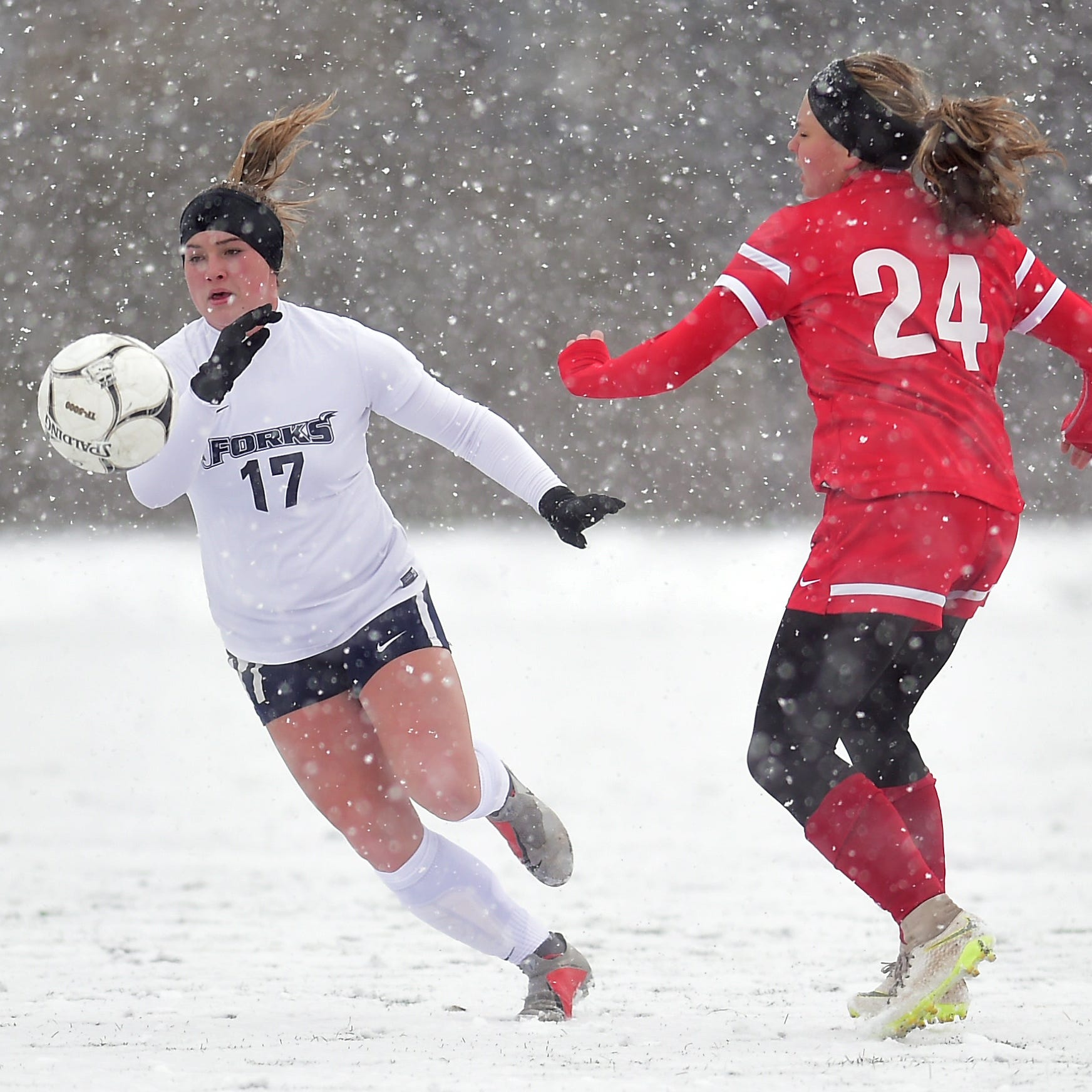 Girls soccer: Bough sisters lead Chenango Forks to Class B state semifinal victory