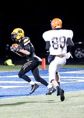 Cruz McFadden makes a 30-yard touchdown reception for Paint Valley on Nov. 9 in a playoff game against Shadyside.