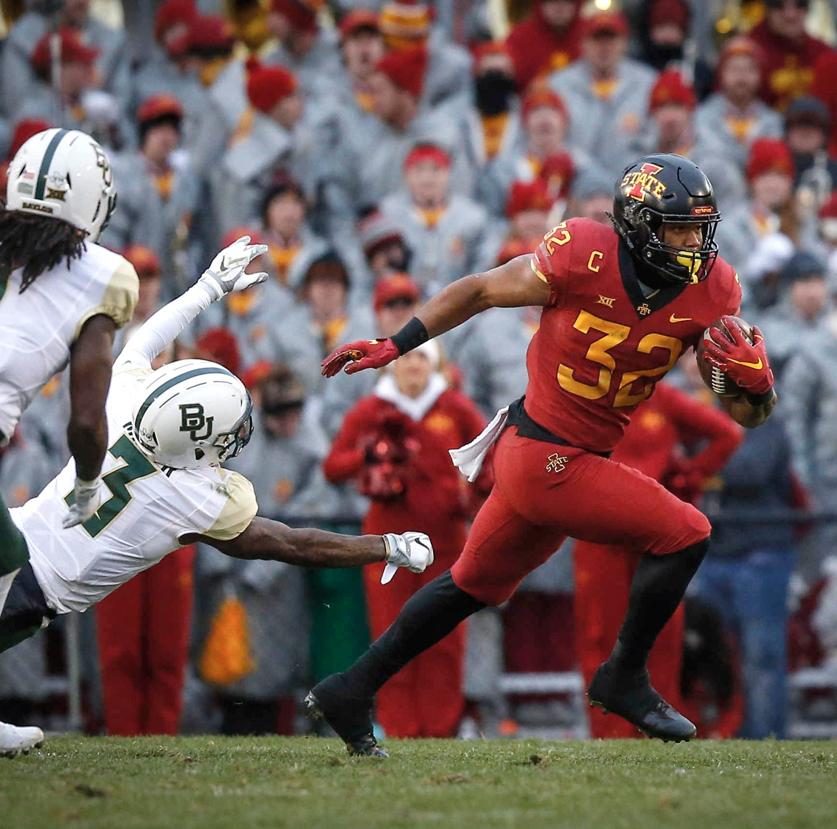 Woody: Iowa State needs creative plan with David Montgomery out for a half vs. Texas